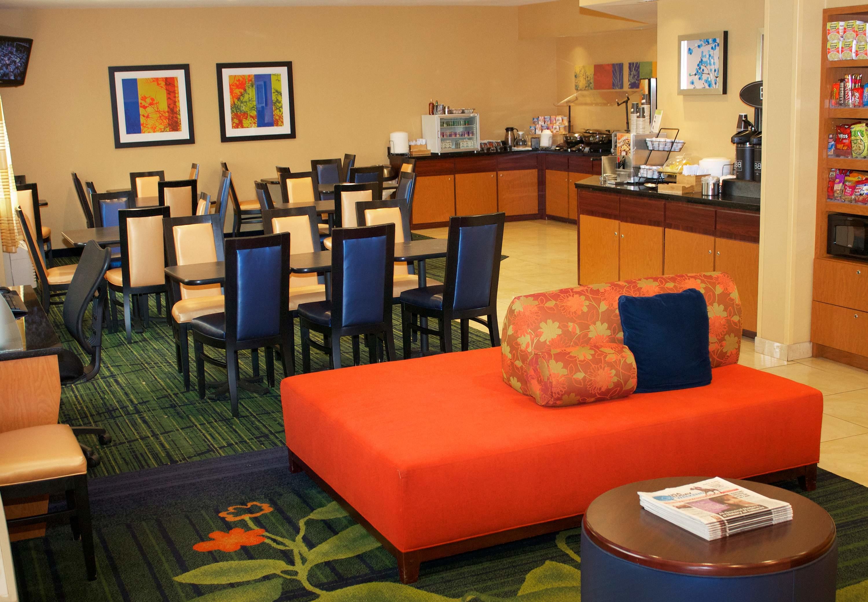 Fairfield Inn & Suites by Marriott St. Petersburg Clearwater image 8
