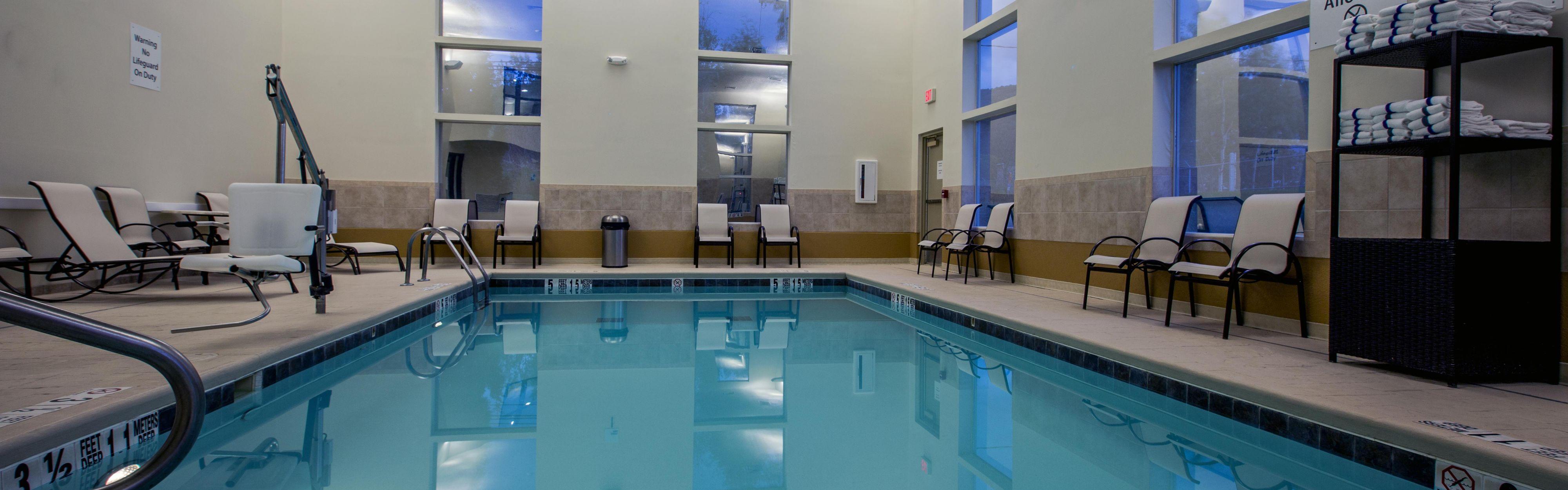 Holiday Inn Express & Suites Salamanca image 2