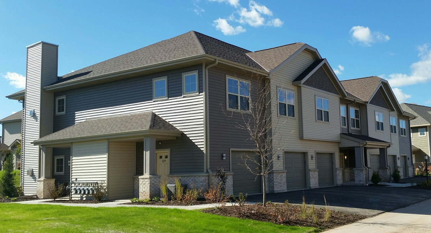 High Bluff Townhomes image 0