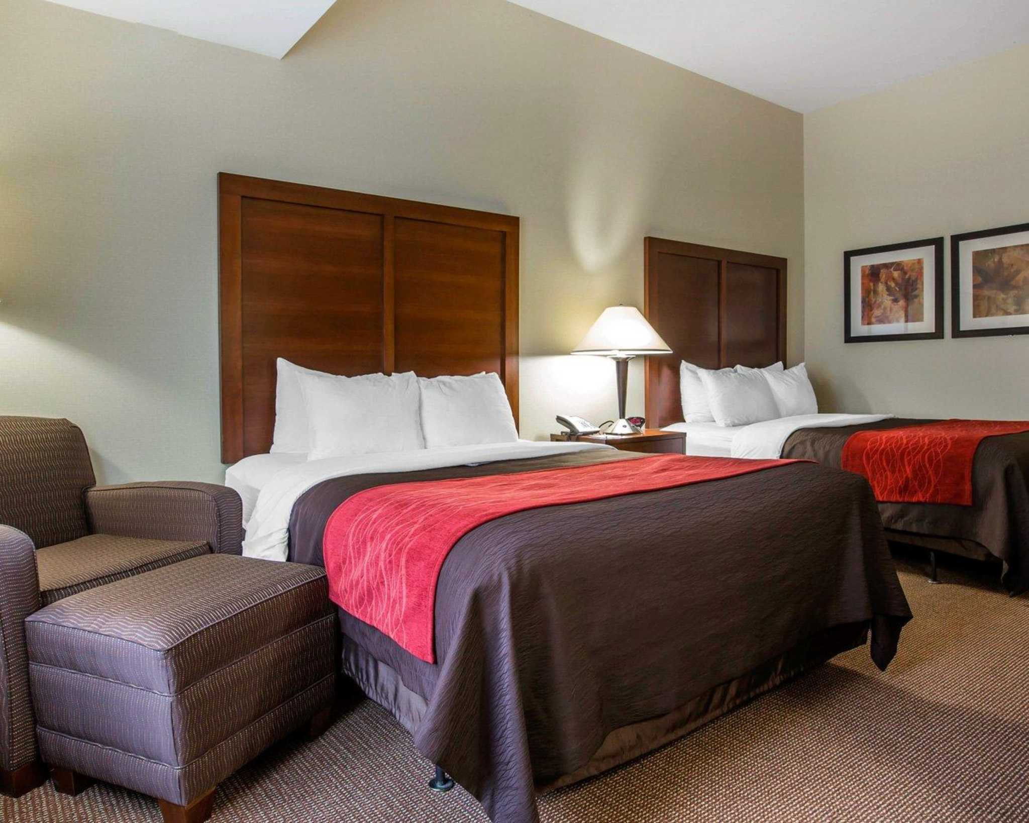 Comfort Inn & Suites adj to Akwesasne Mohawk Casino image 24