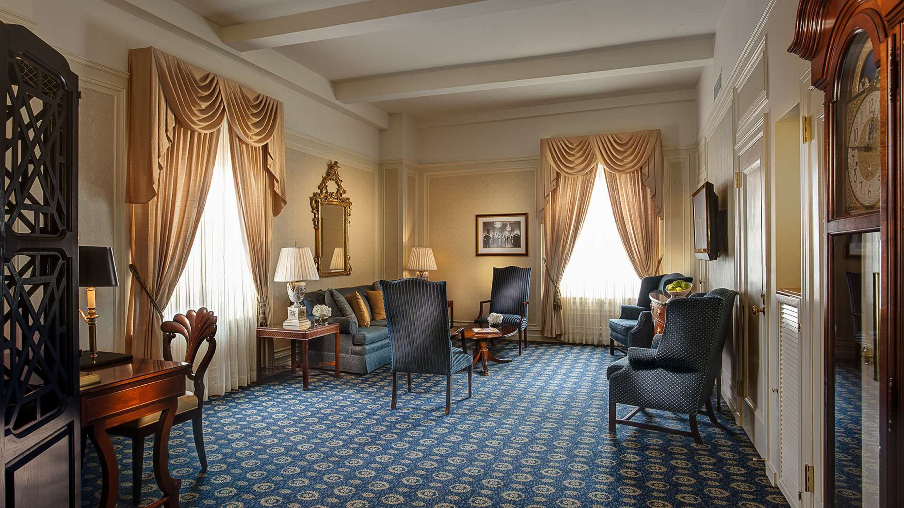 Amway Grand Plaza, Curio Collection by Hilton image 27