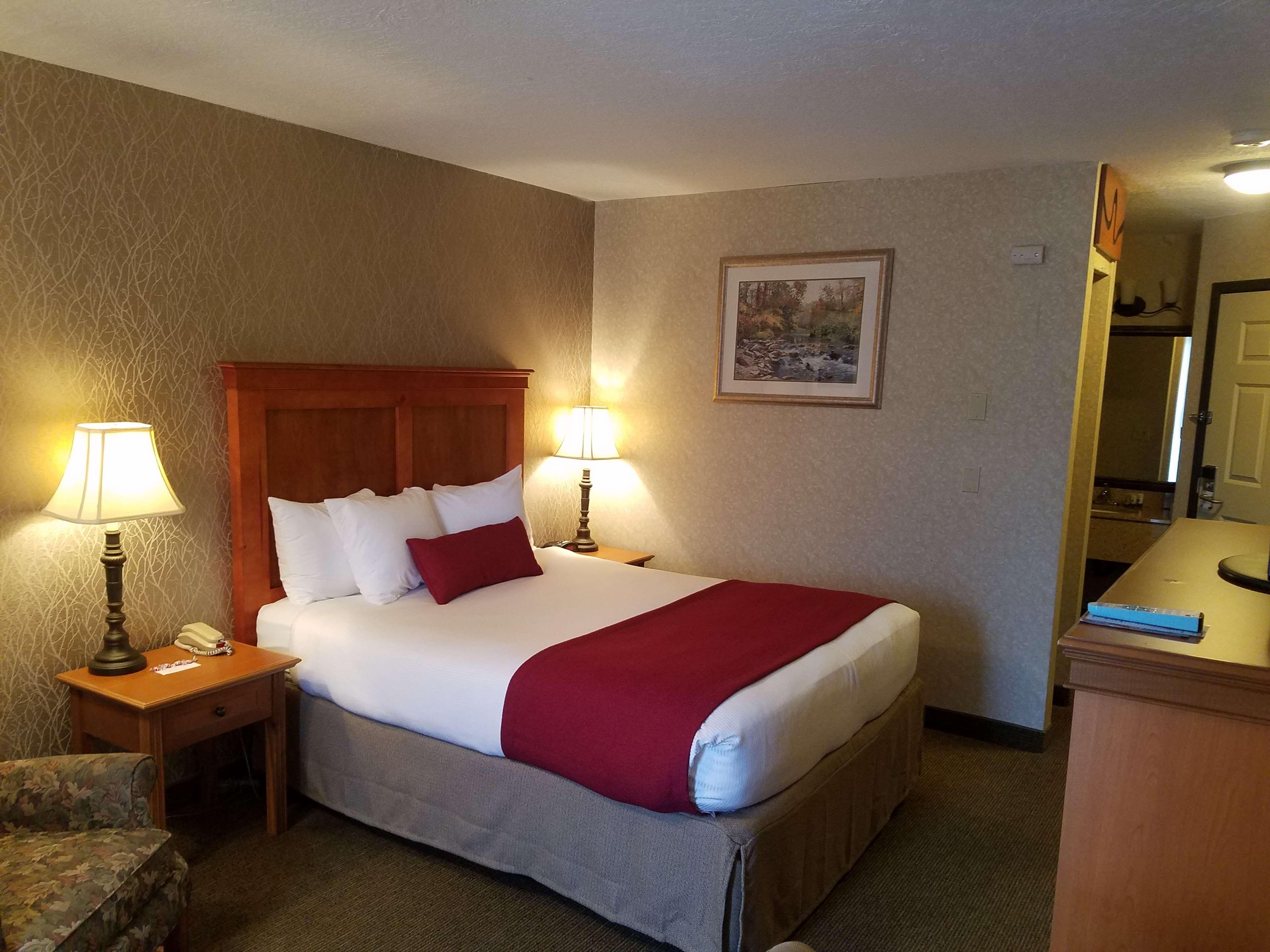 Best Western Plus Rivershore Hotel image 13