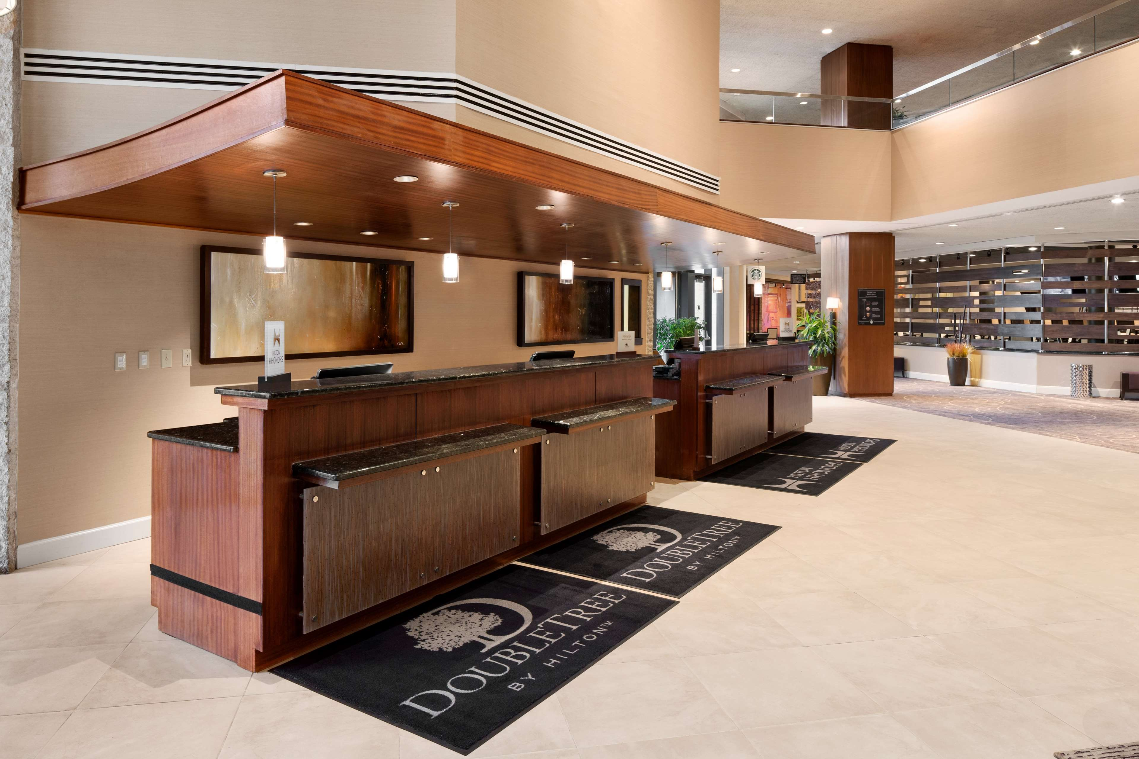 DoubleTree by Hilton Somerset Hotel and Conference Center image 3