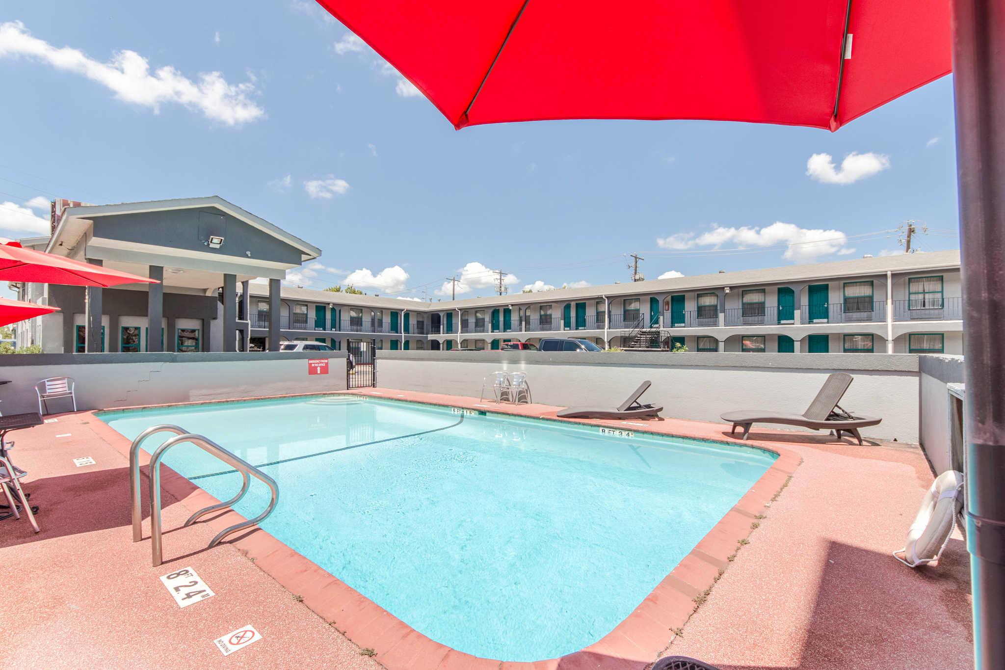 Hotels Near Concordia University Austin Tx