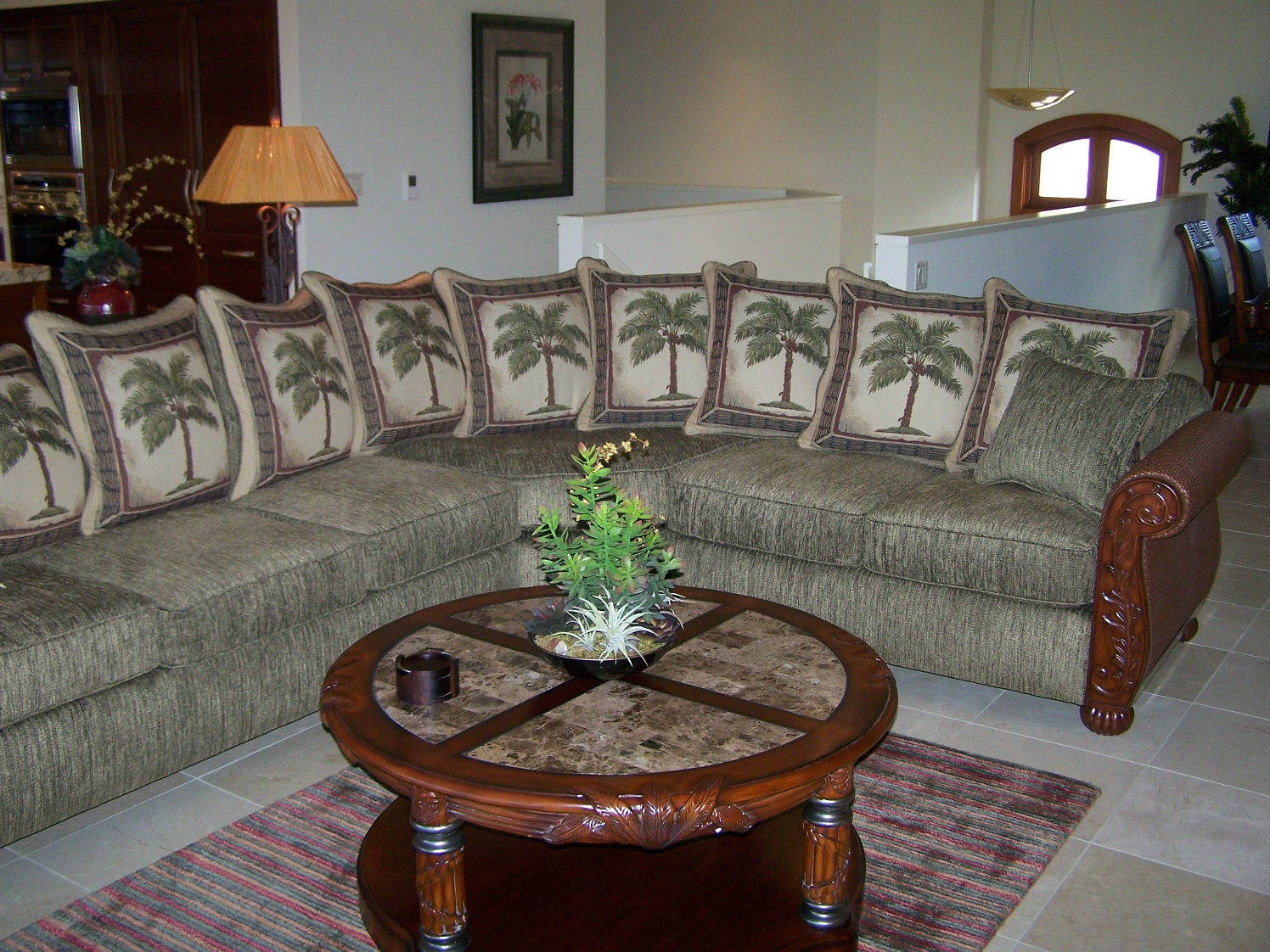 Kimos Furniture Maui image 12