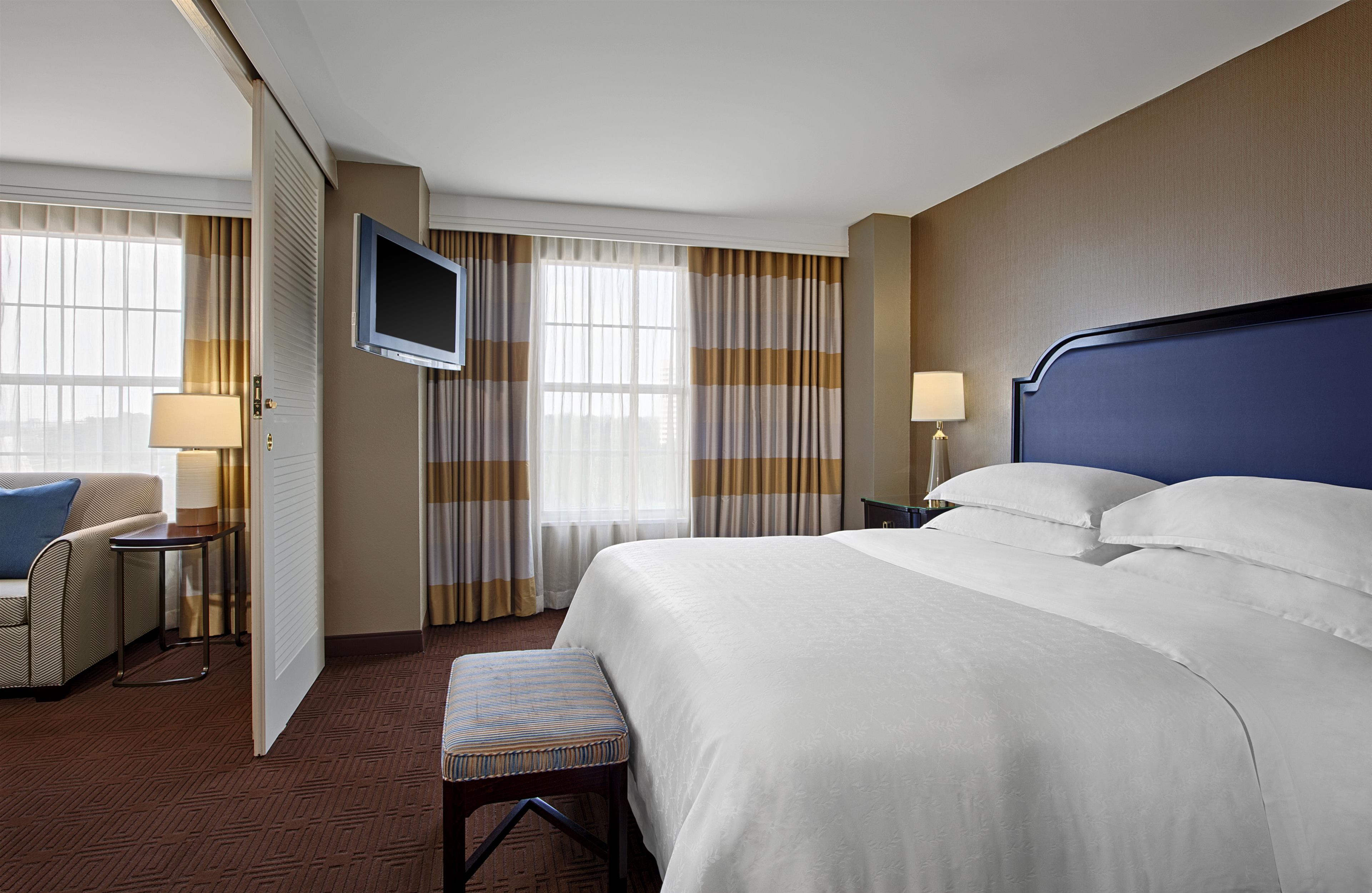 Sheraton Suites Galleria-Atlanta image 3
