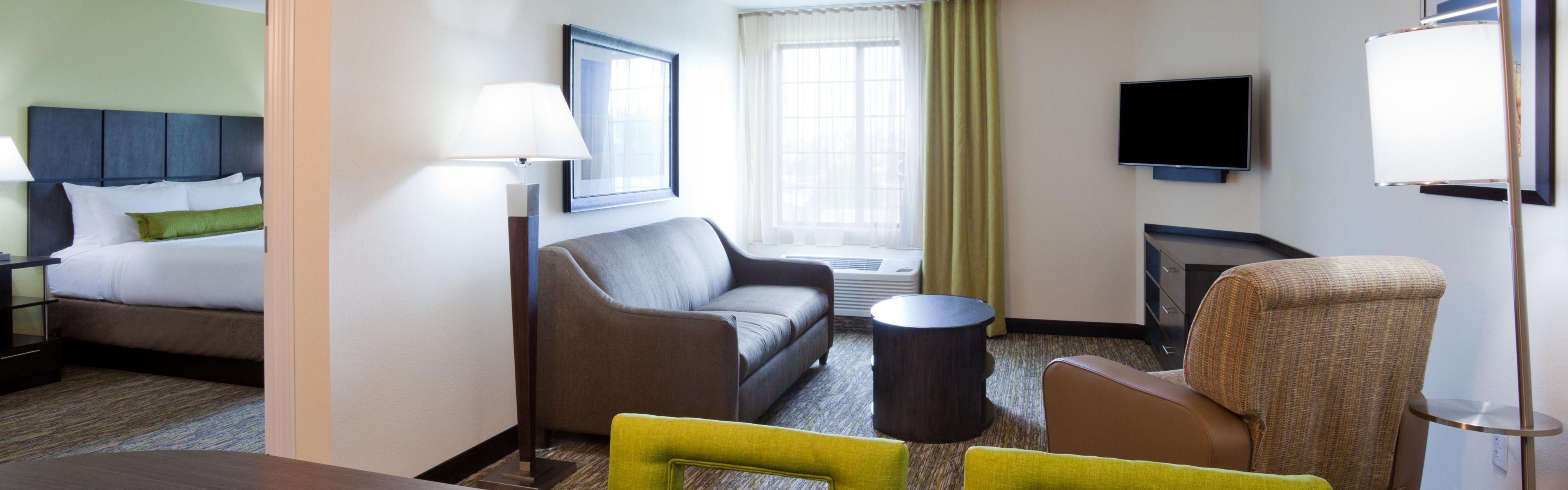 Candlewood Suites Longmont image 1
