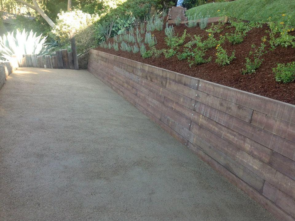 Flores Landscaping image 18
