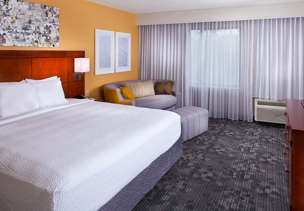 Courtyard by Marriott New Orleans Covington/Mandeville image 3