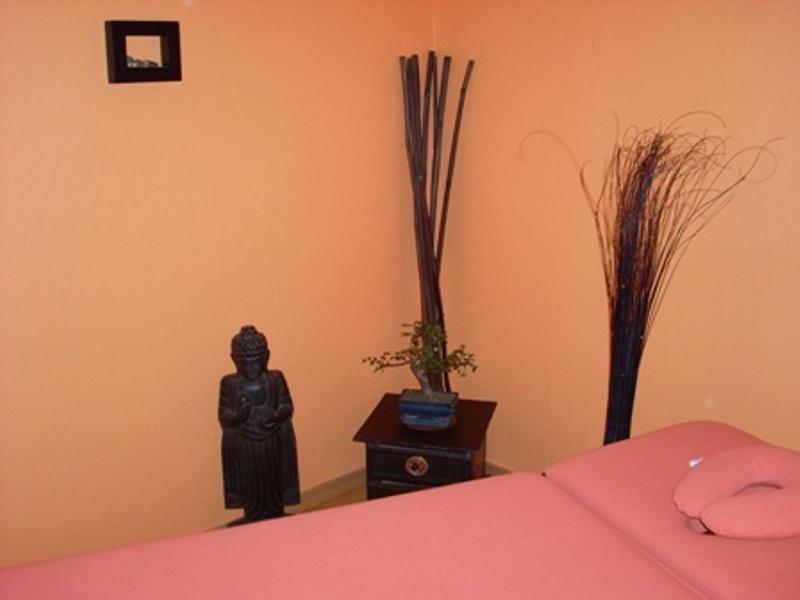 single wohnung detmold. Black Bedroom Furniture Sets. Home Design Ideas