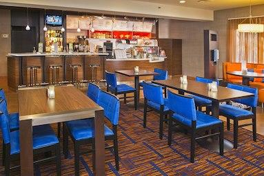 Courtyard by Marriott Tinton Falls Eatontown image 11