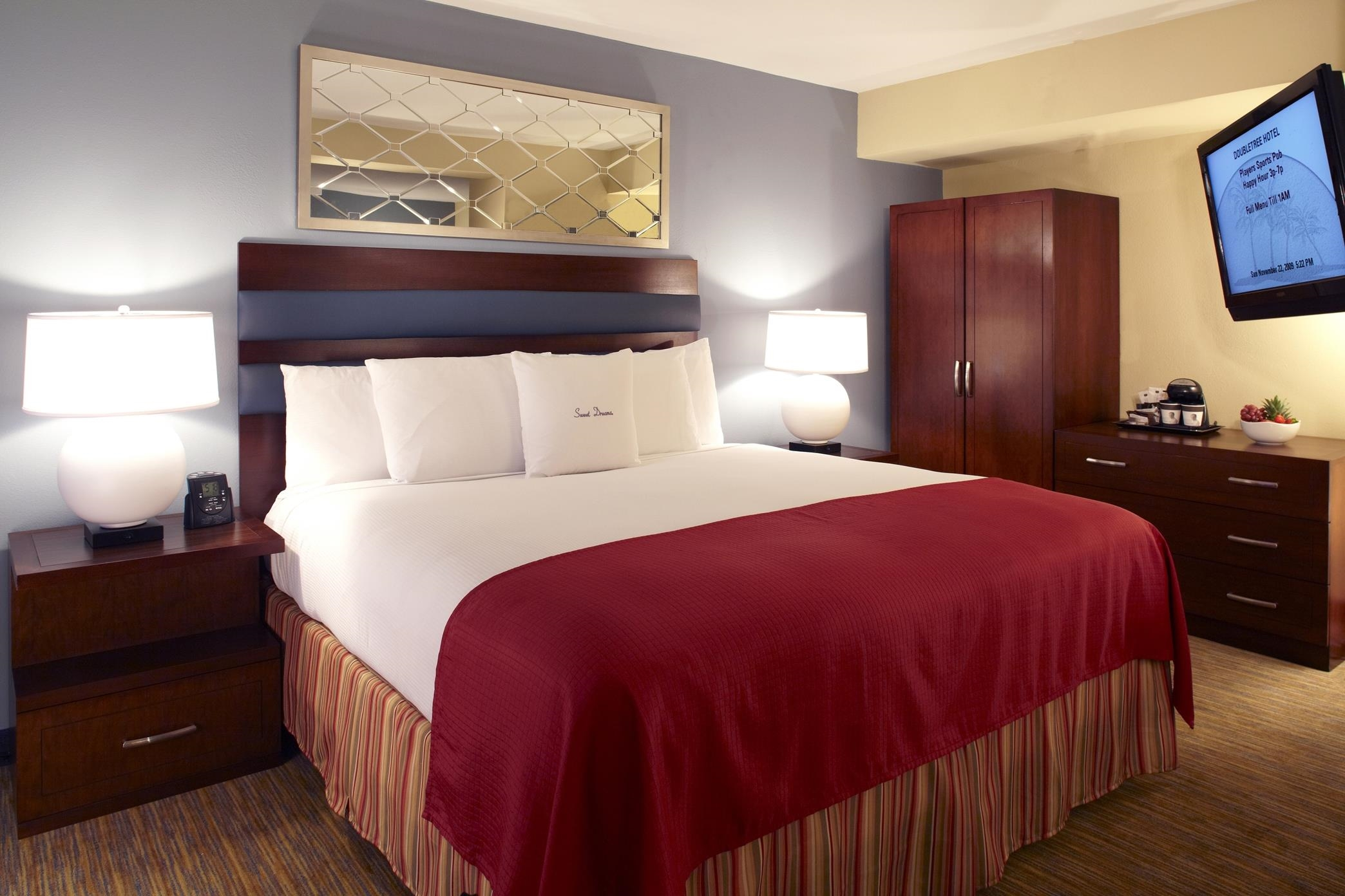 DoubleTree by Hilton Hotel Tampa Airport - Westshore image 5