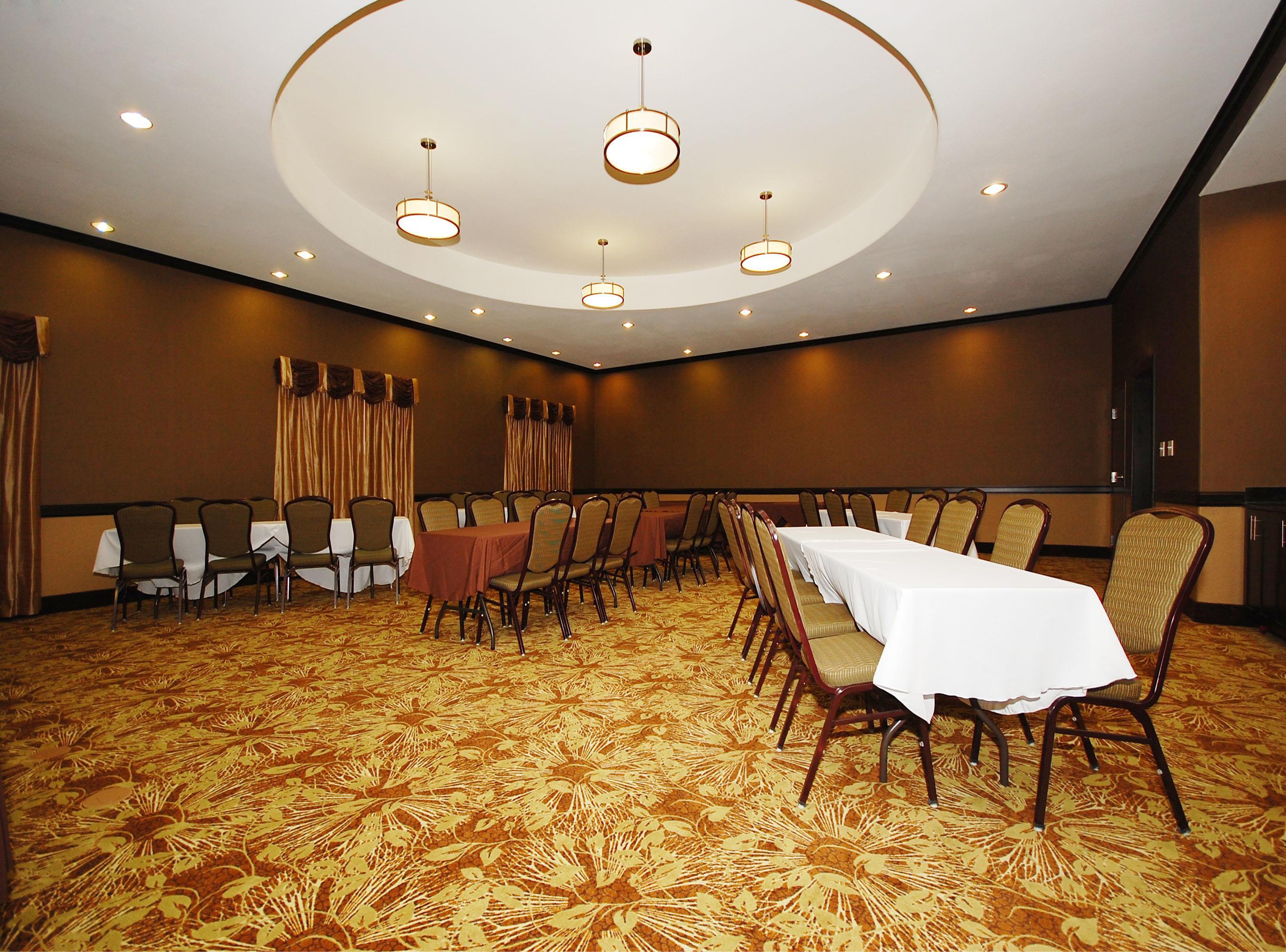Best Western Plus Texoma Hotel & Suites image 36