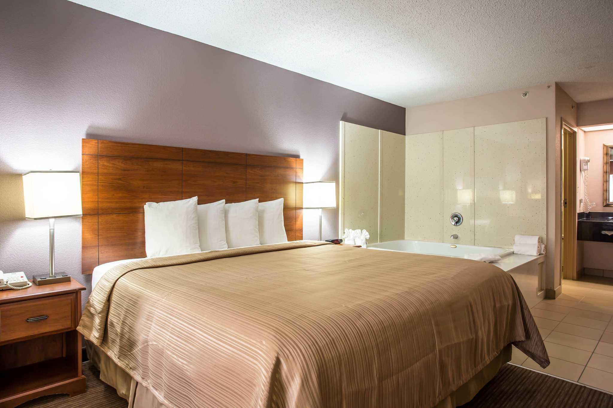 Quality Inn & Suites Matthews - Charlotte image 20