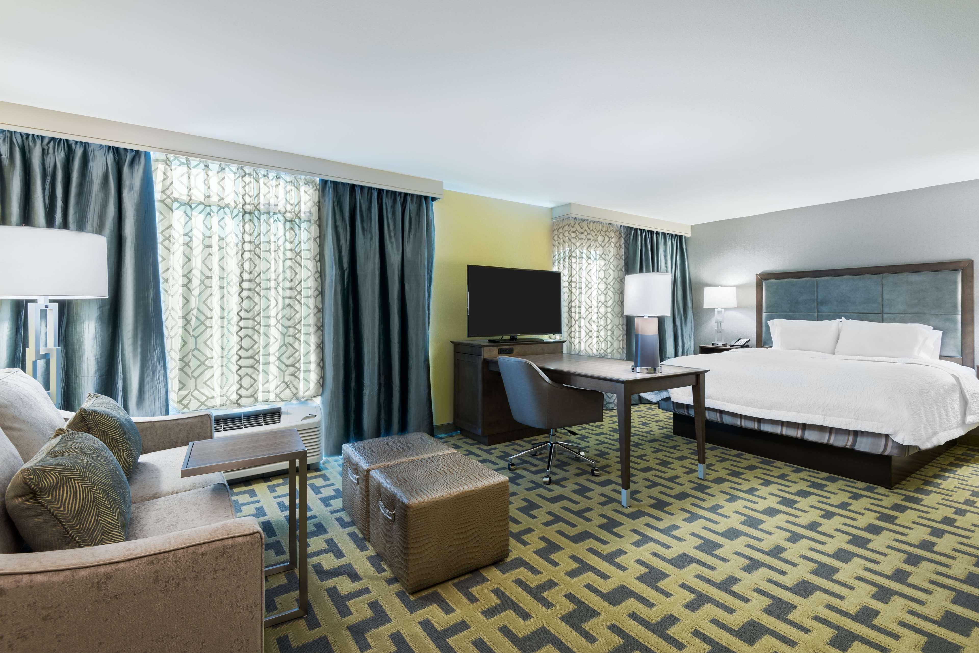 Hampton Inn & Suites Tampa Airport Avion Park Westshore image 11