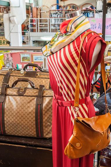 Di mano in mano centri commerciali e grandi magazzini for Grandi magazzini mobili