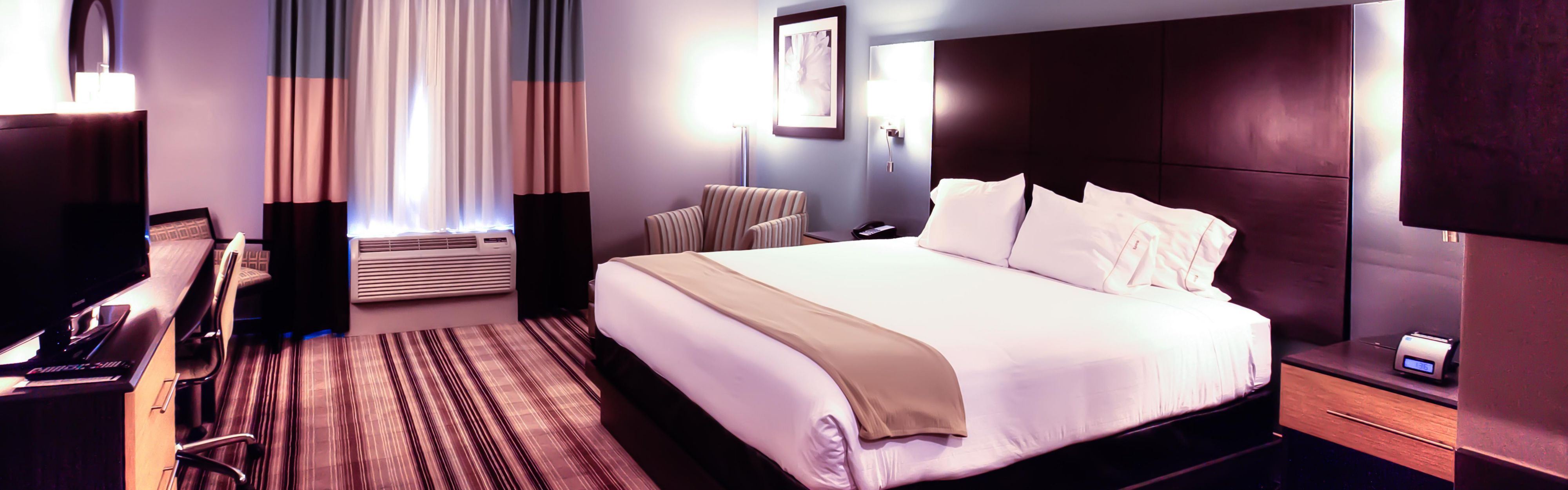 Holiday Inn Express & Suites Amarillo West image 1