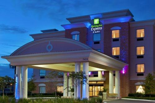Holiday Inn Express & Suites Orlando-Ocoee East image 2