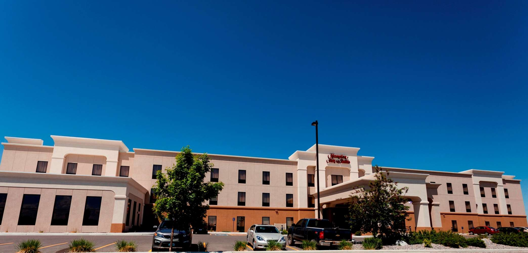 Hampton Inn & Suites Riverton image 26
