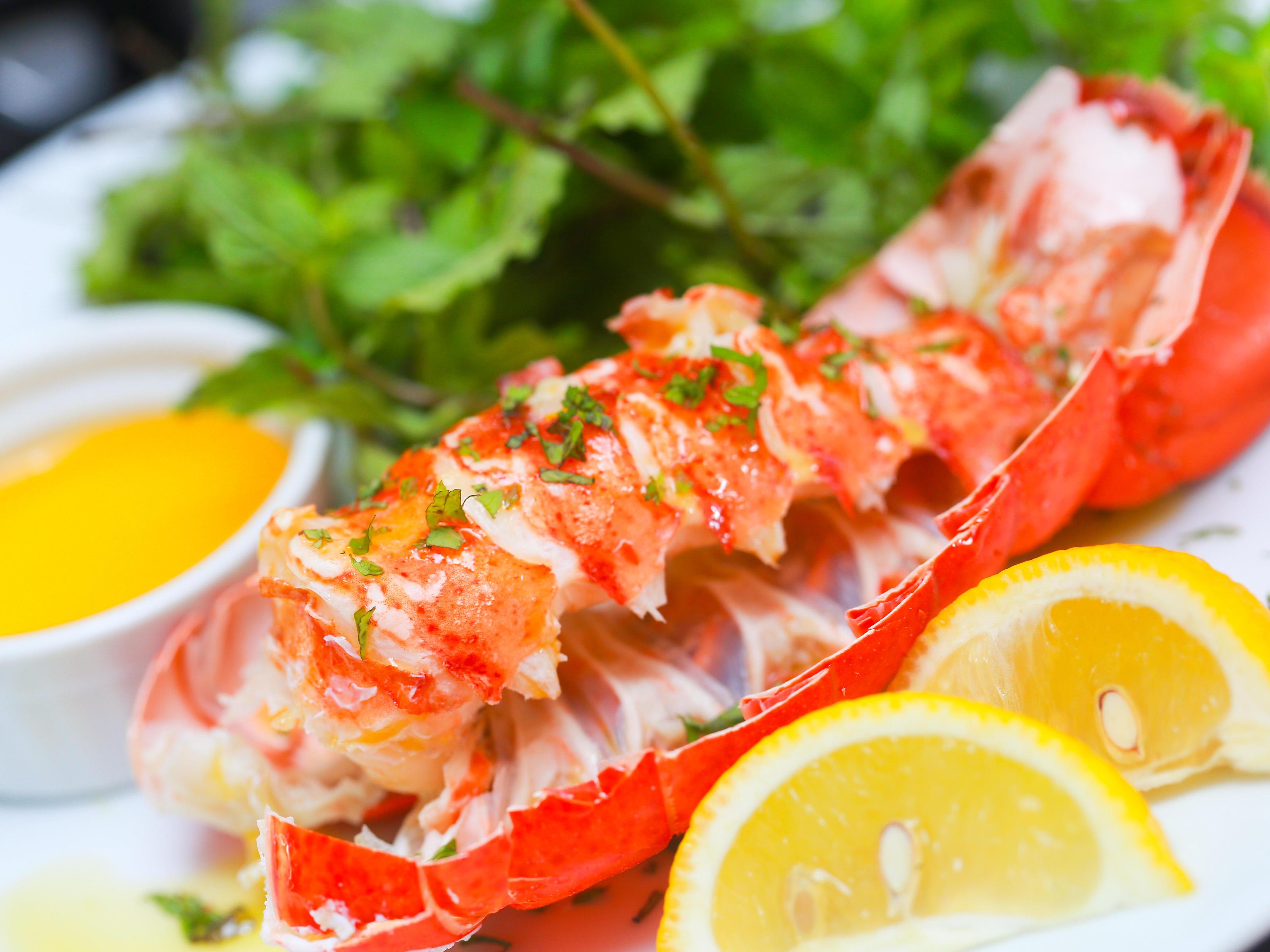 C & D Seafood image 2