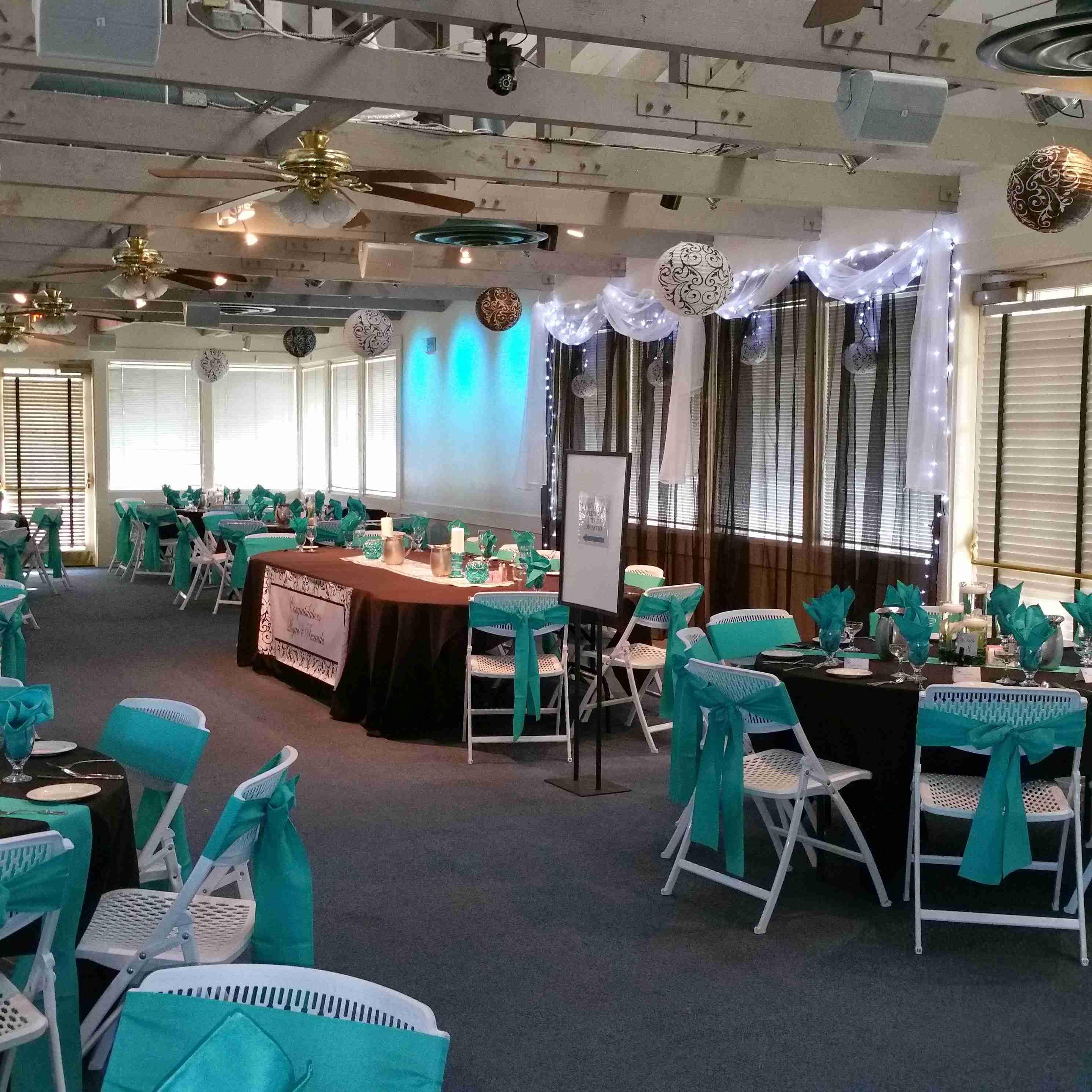 Chez Shari Banquet Facility image 47