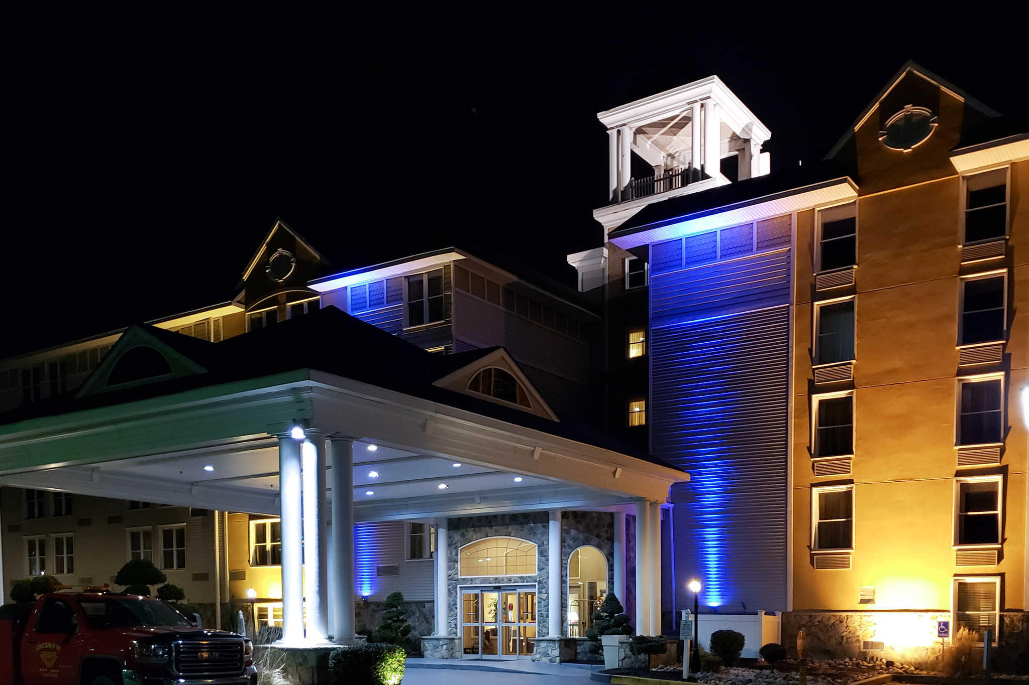 Clarion Hotel image 0