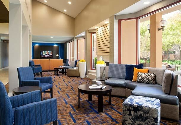Courtyard by Marriott San Jose Airport image 2