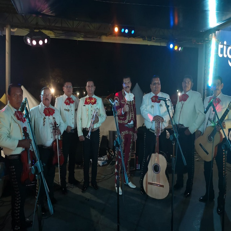 MARIACHI INTERNACIONAL PERLA DE EL SALVADOR
