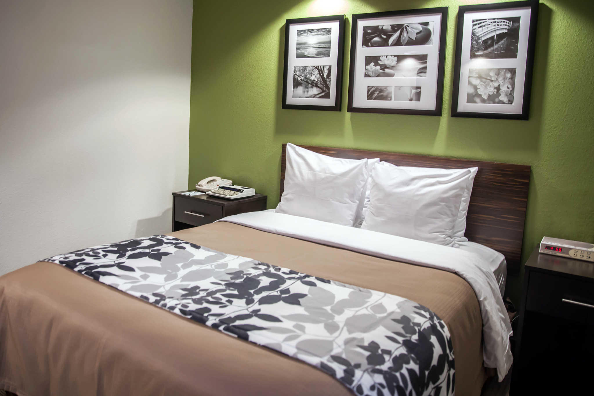 Sleep Inn & Suites image 7