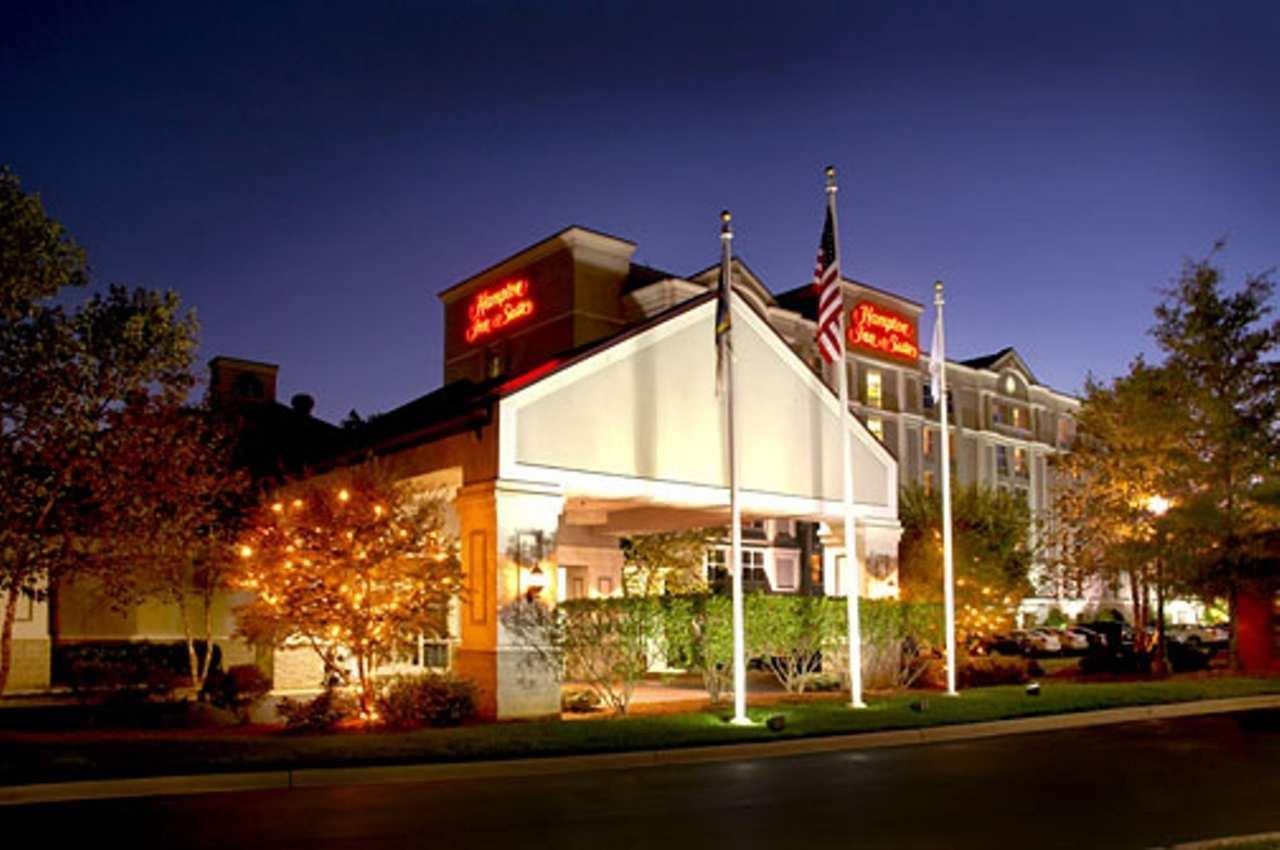 Hampton Inn & Suites Raleigh/Cary I-40 (PNC Arena) image 2