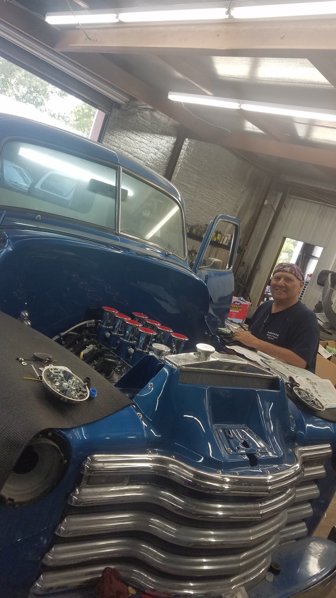 Dale's Auto Repair specializes in the complete maintenance and repair of all foreign and domestic vehicles for your family or business.