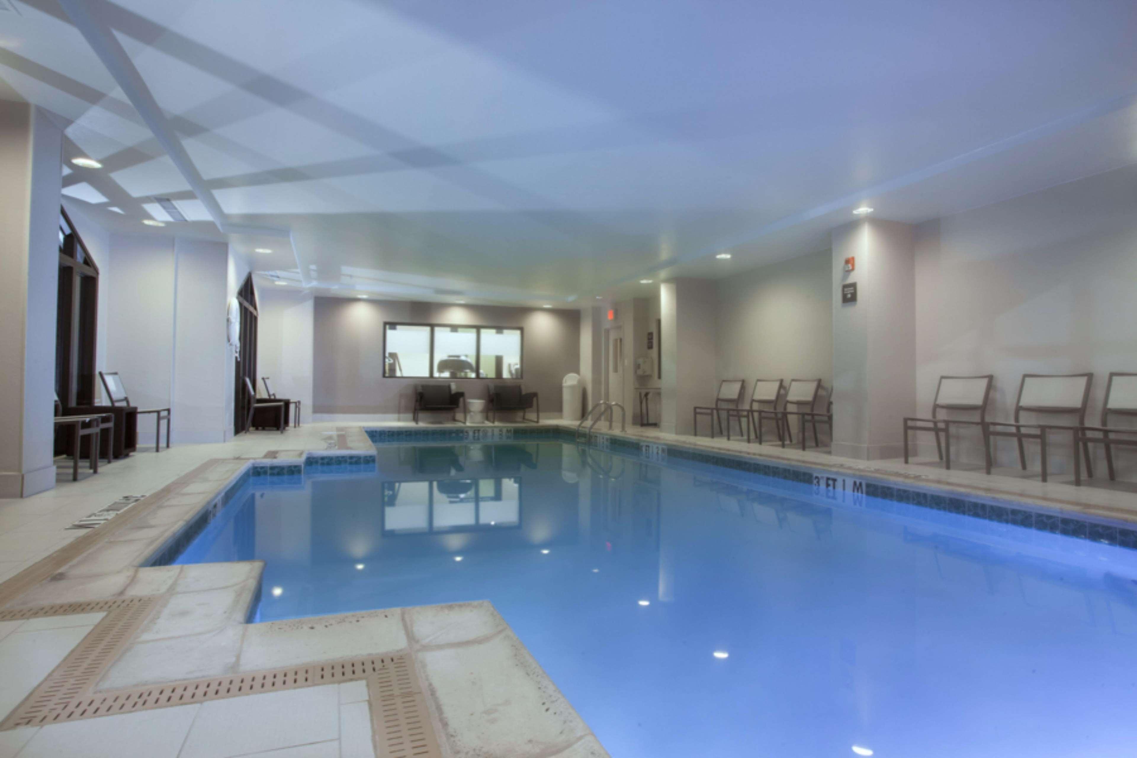 Hampton Inn & Suites Dallas-DFW Airport North-Grapevine image 6