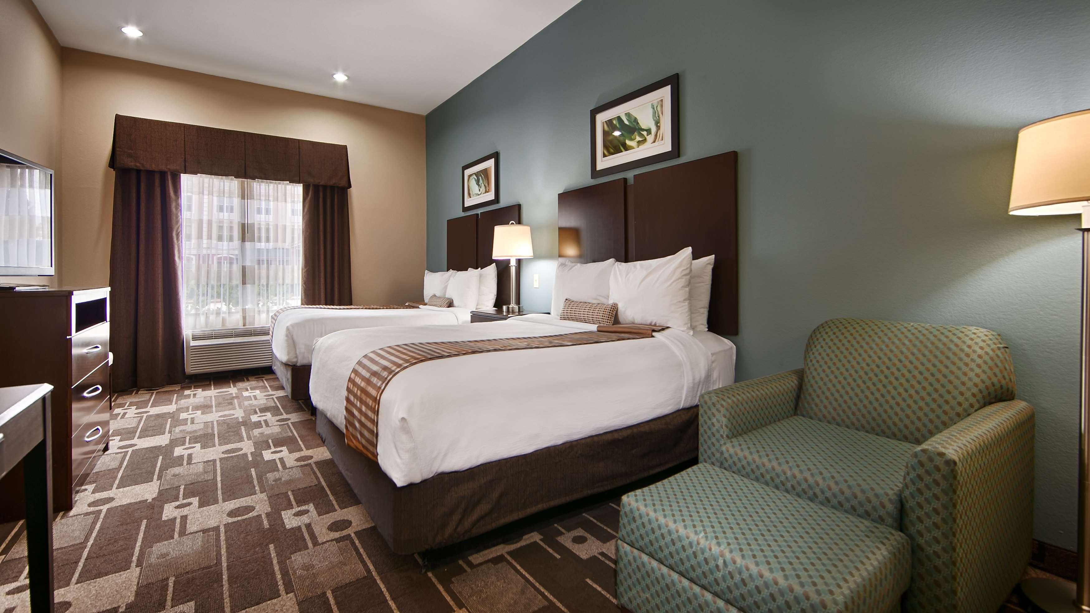 Best Western Plus JFK Inn & Suites image 17