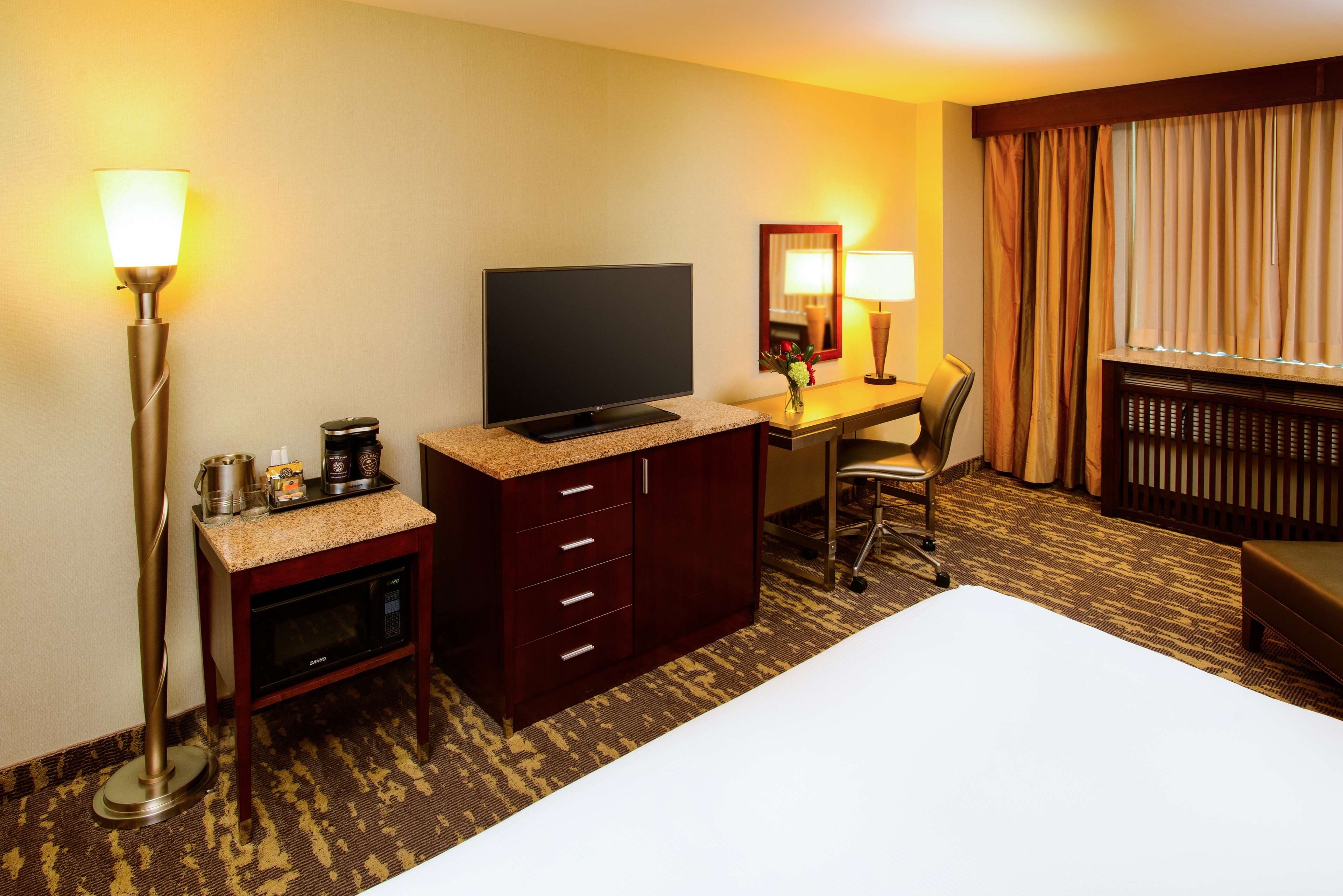 DoubleTree by Hilton Hotel Rochester - Mayo Clinic Area image 12