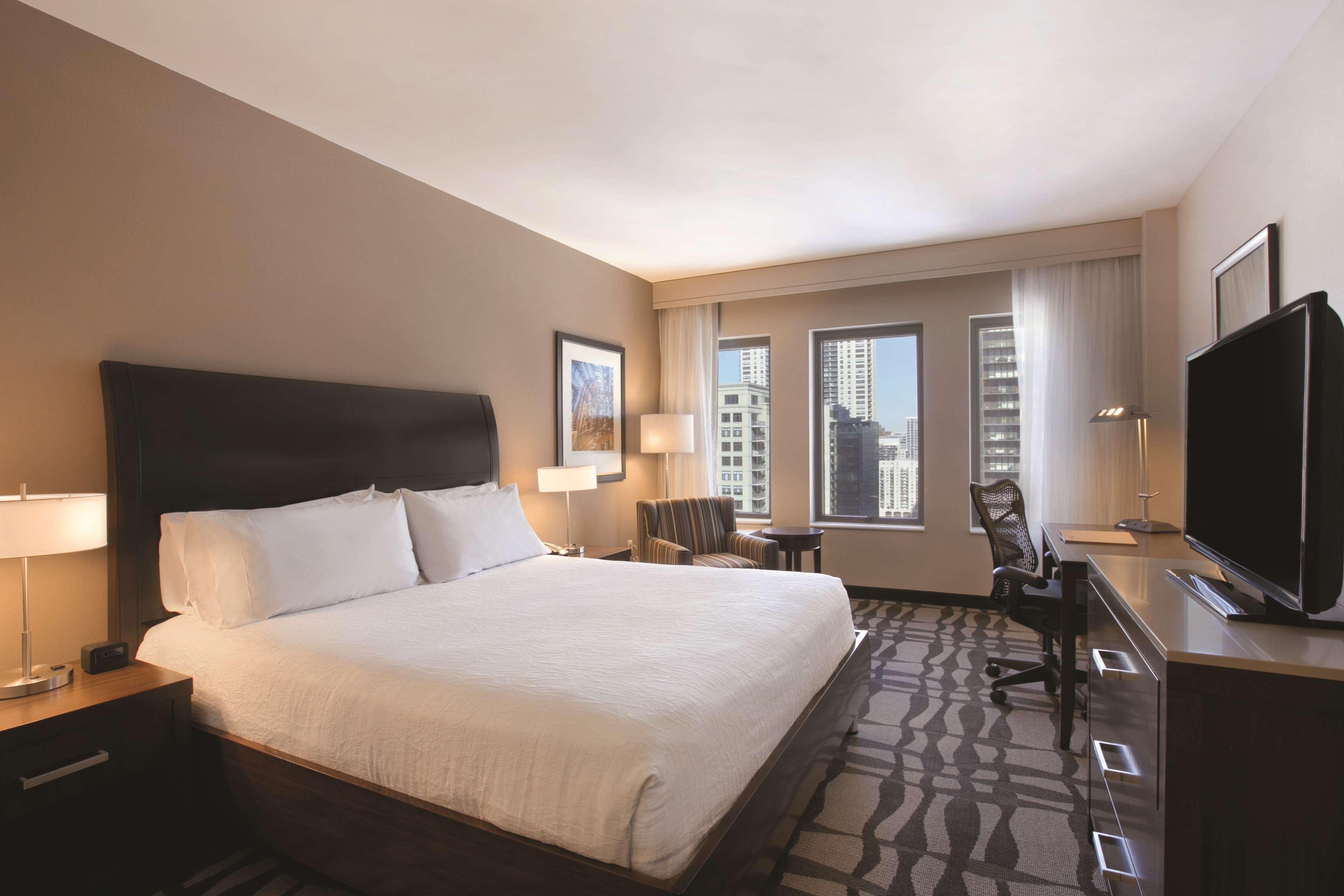 Hilton Garden Inn Chicago Downtown/Magnificent Mile image 25