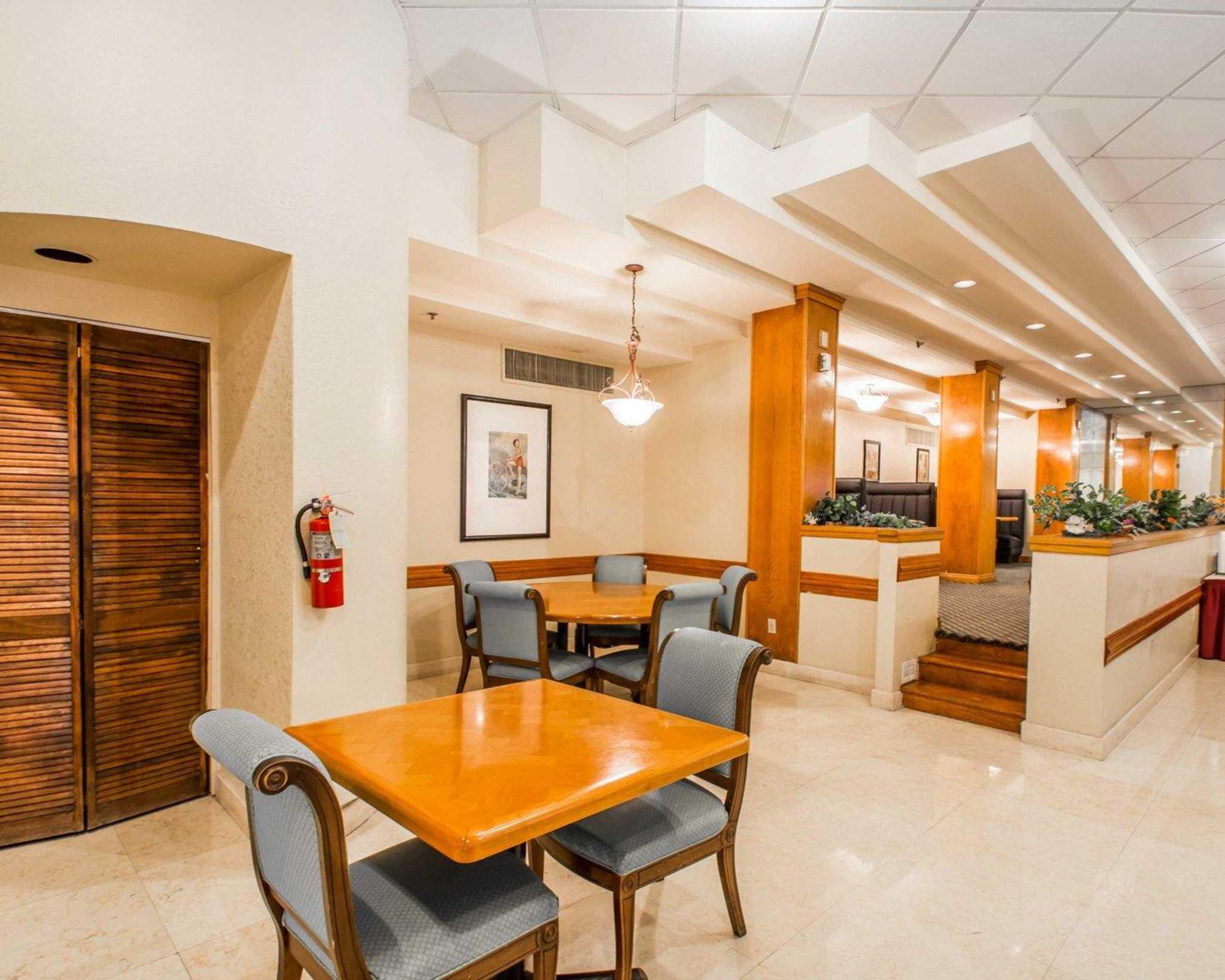 Rodeway Inn Miami image 27