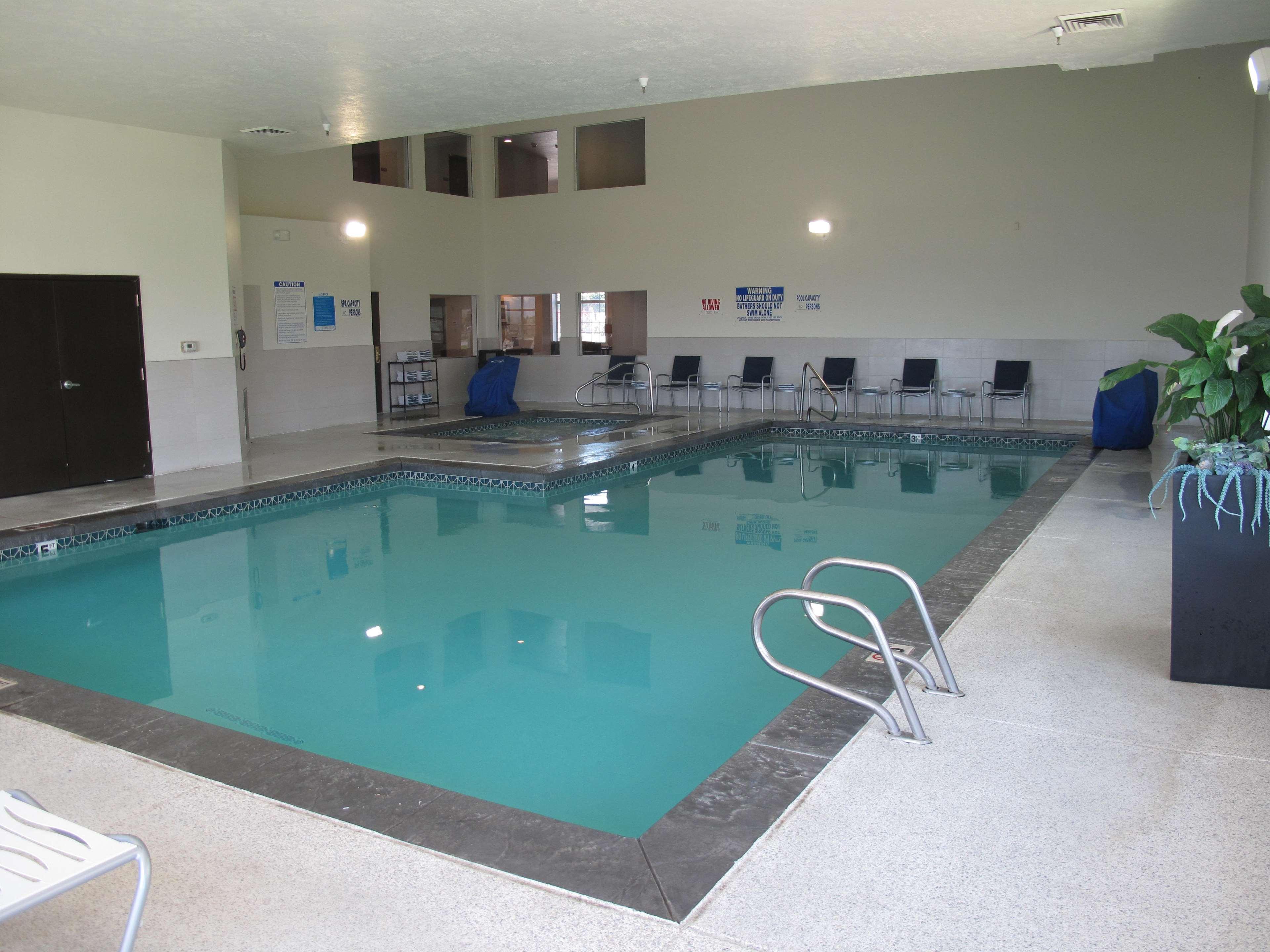 Best western timpanogos inn lehi ut business information for Indoor pools in utah