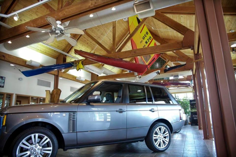 Land Rover Hoffman Estates image 8