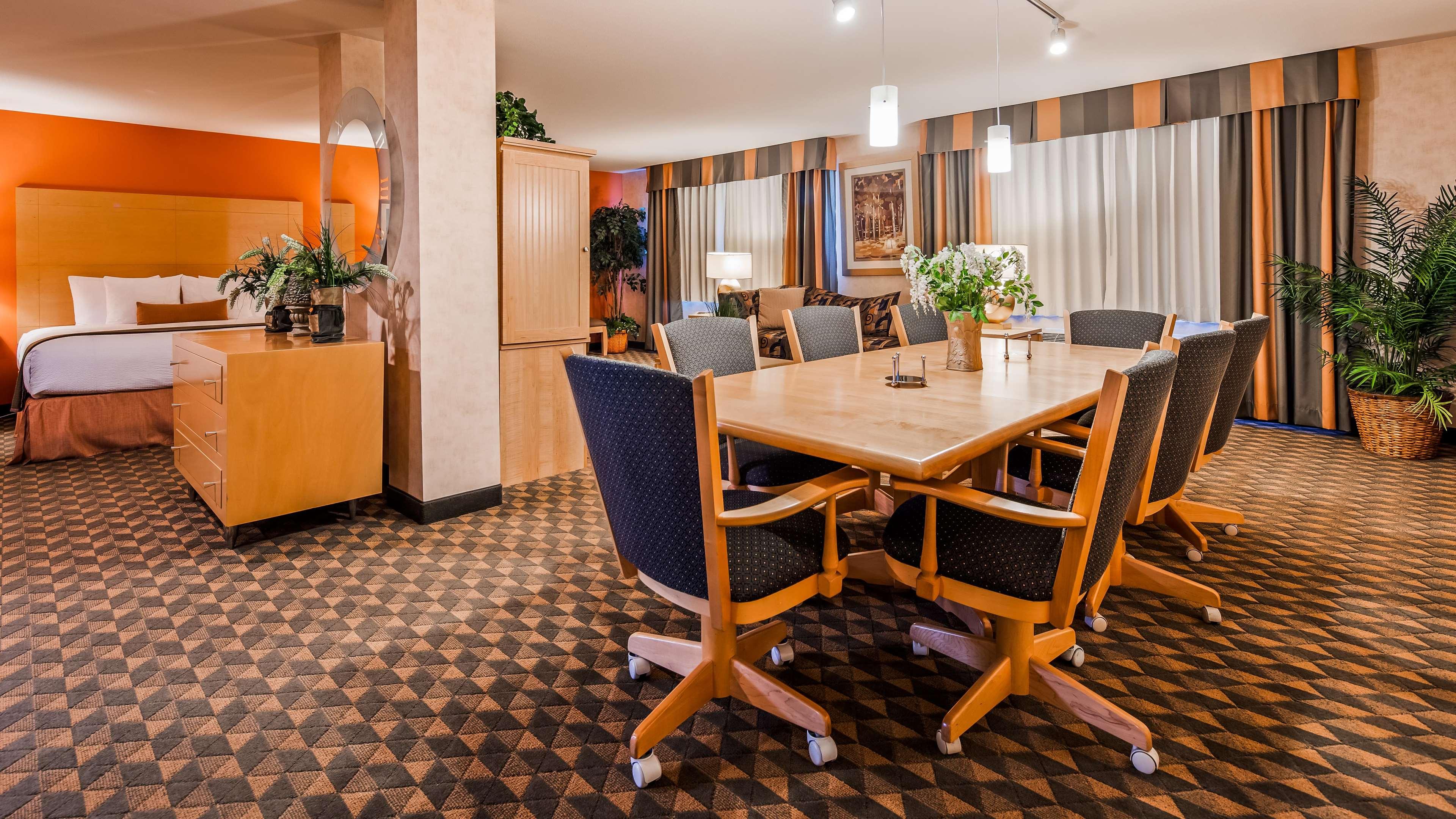 Best Western Plus North Las Vegas Inn & Suites image 14