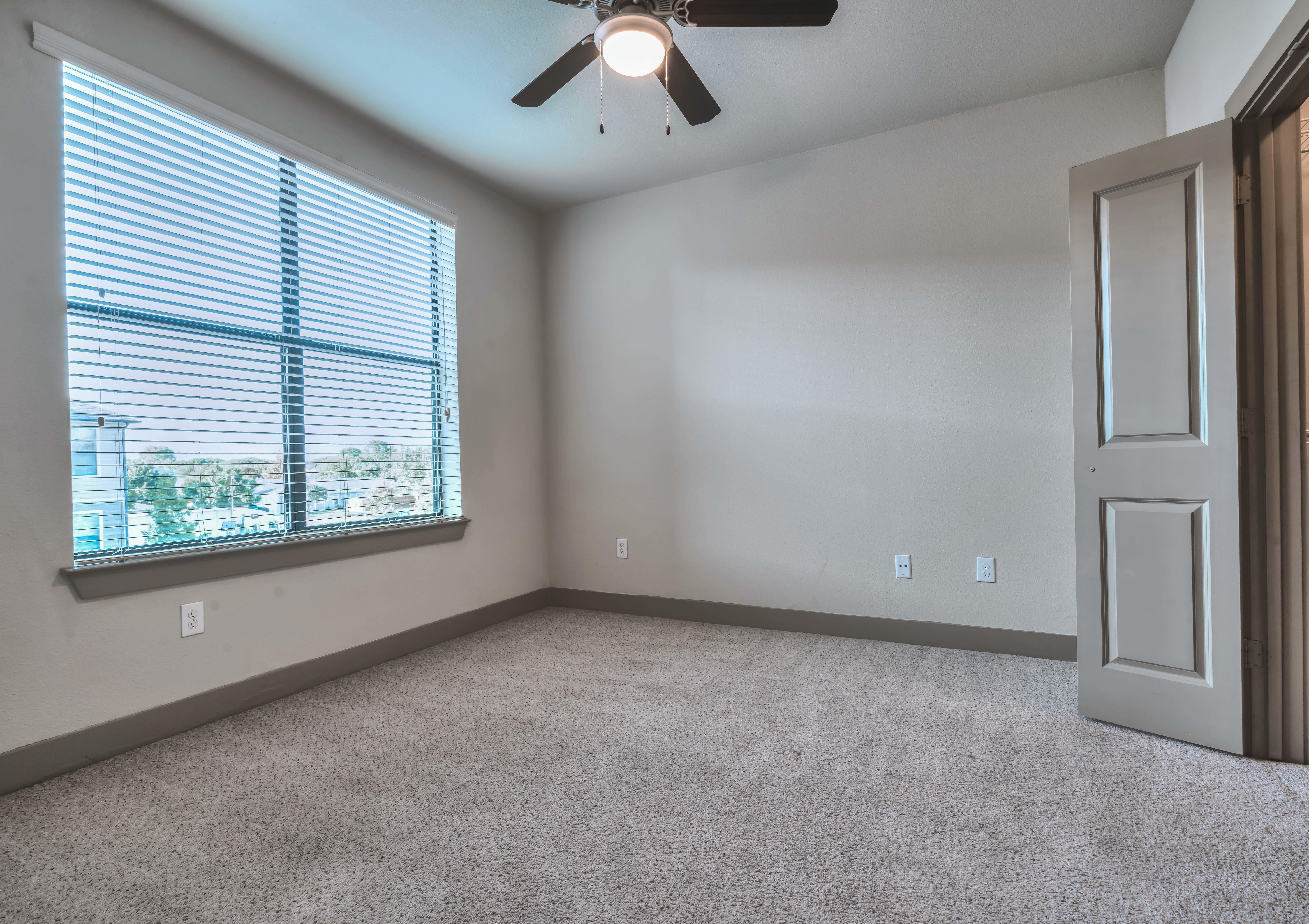 Westover Oaks Apartments 7727 Potranco Road San Antonio, TX Apartments -  MapQuest