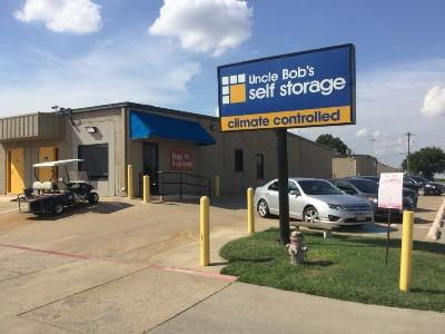 Life Storage in Arlington TX
