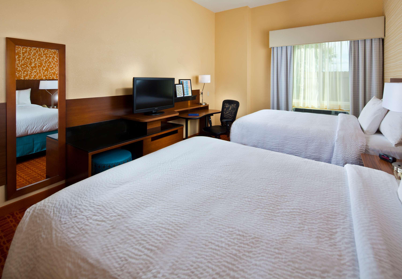 Fairfield Inn & Suites by Marriott Houston Hobby Airport image 12