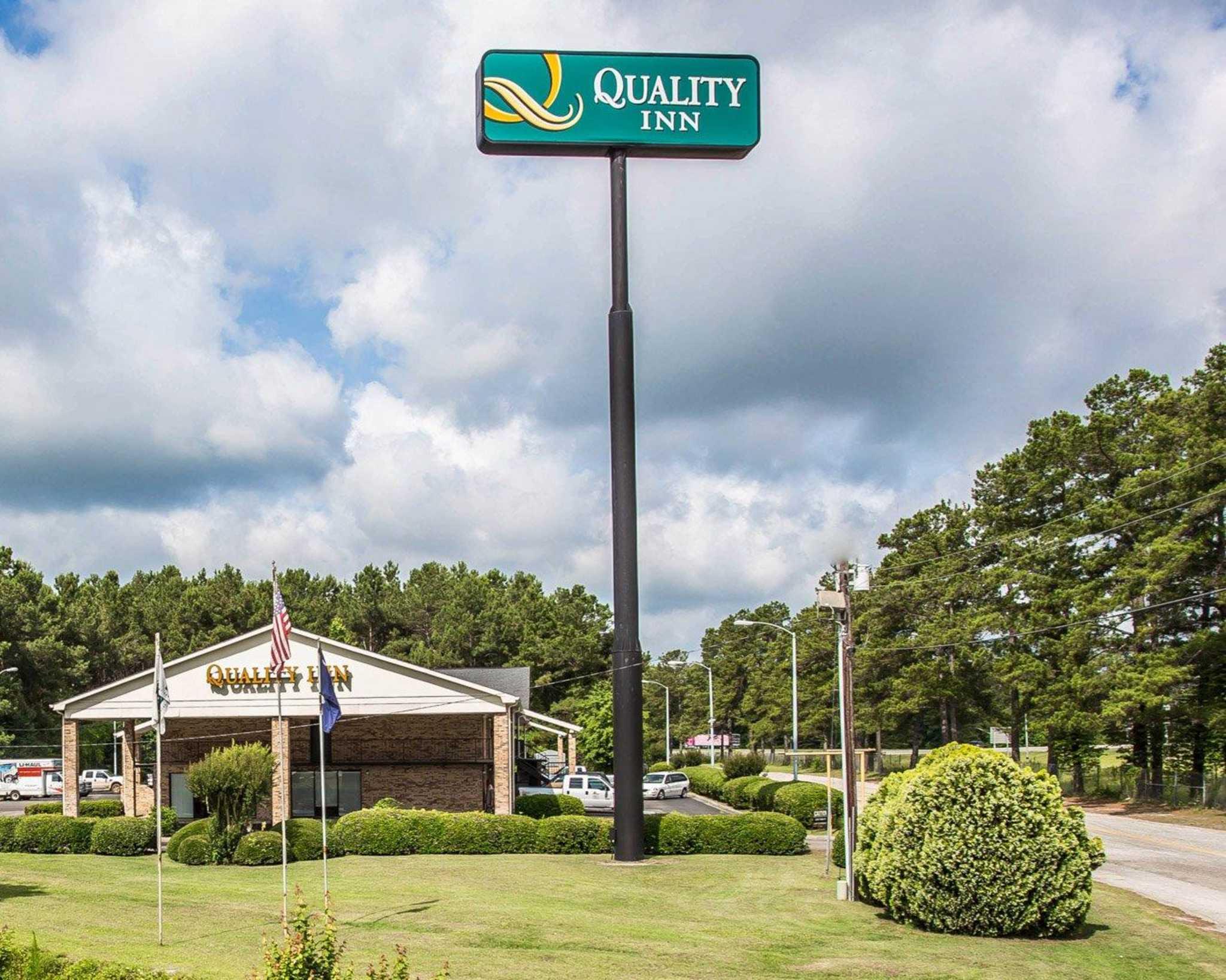 Quality Inn image 1