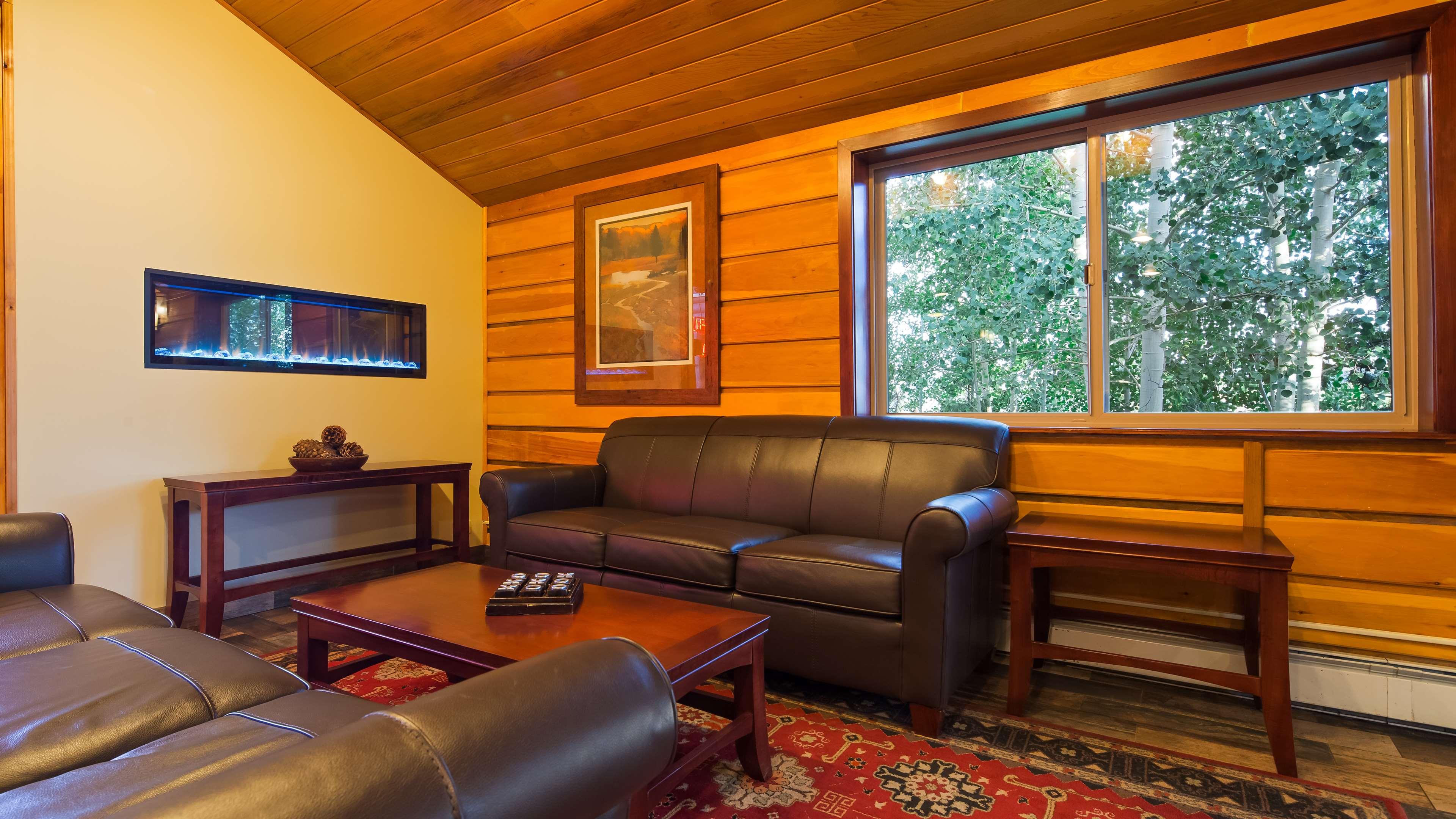Best Western Ptarmigan Lodge image 4