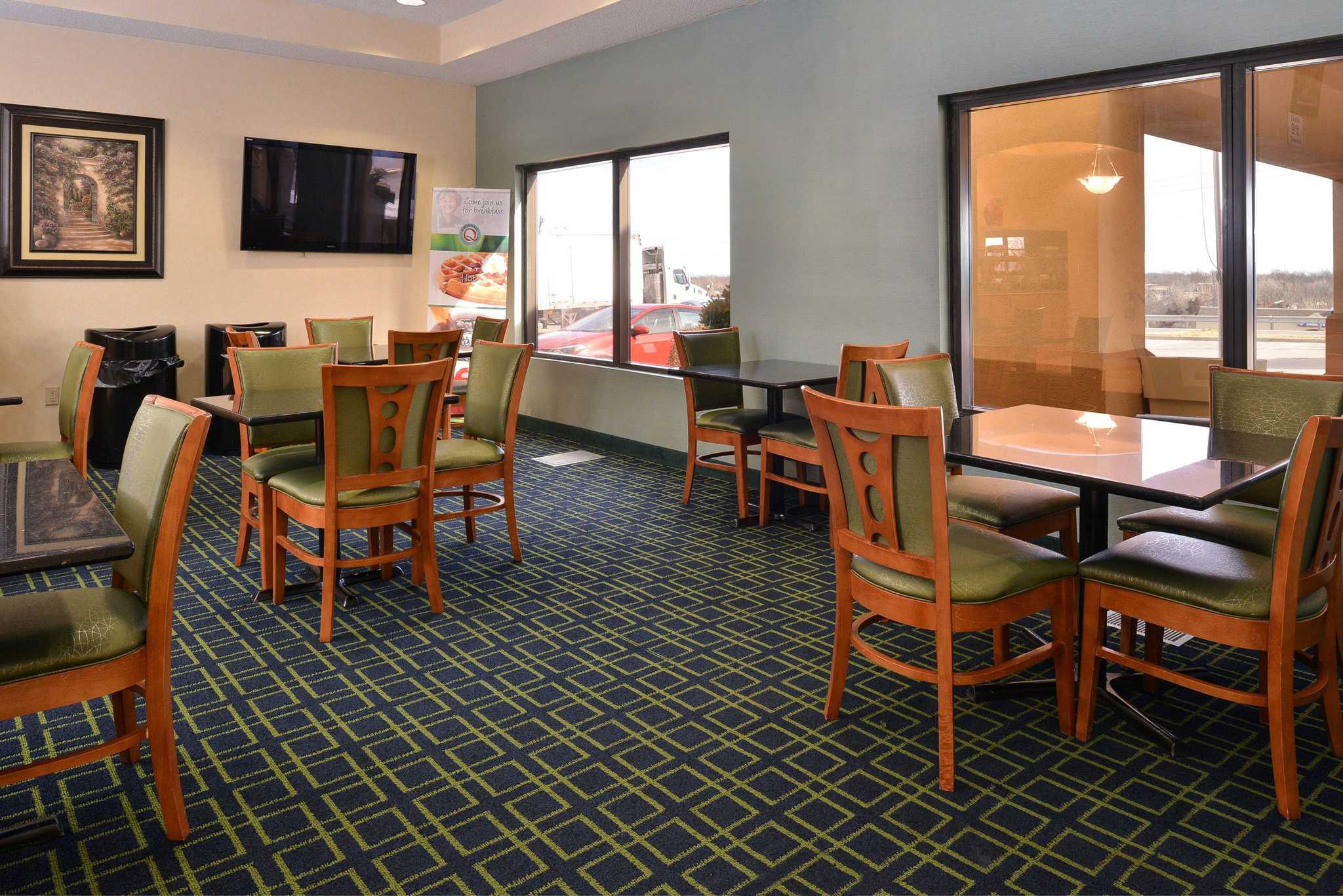 Quality Inn & Suites Jefferson City image 21