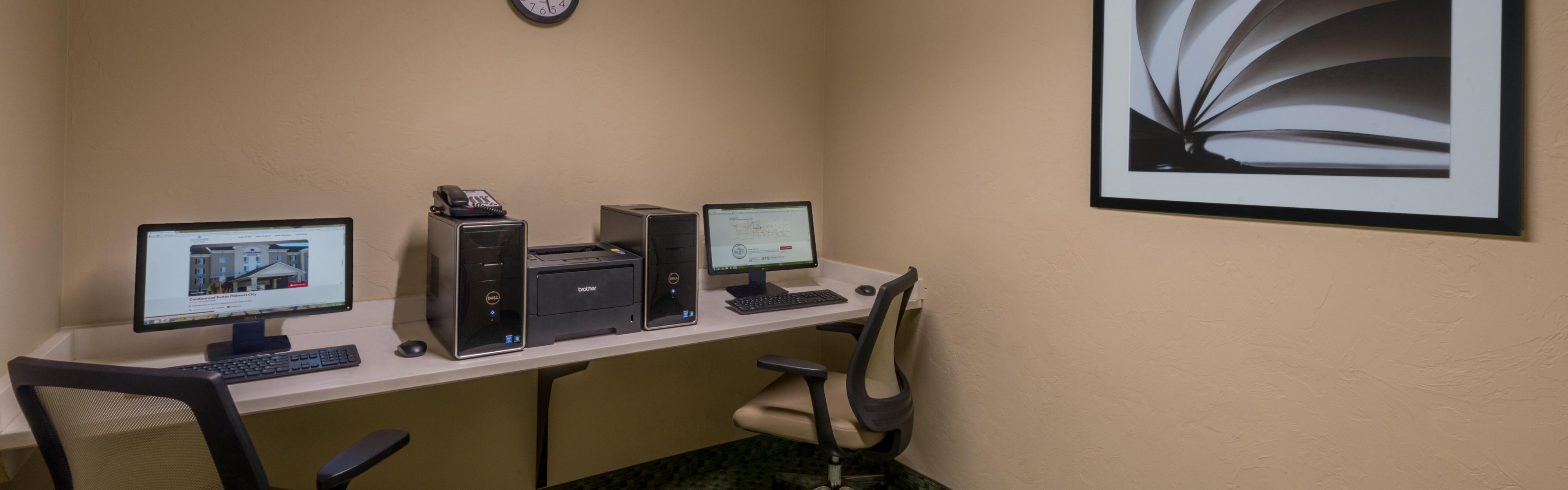 Candlewood Suites Midwest City image 2