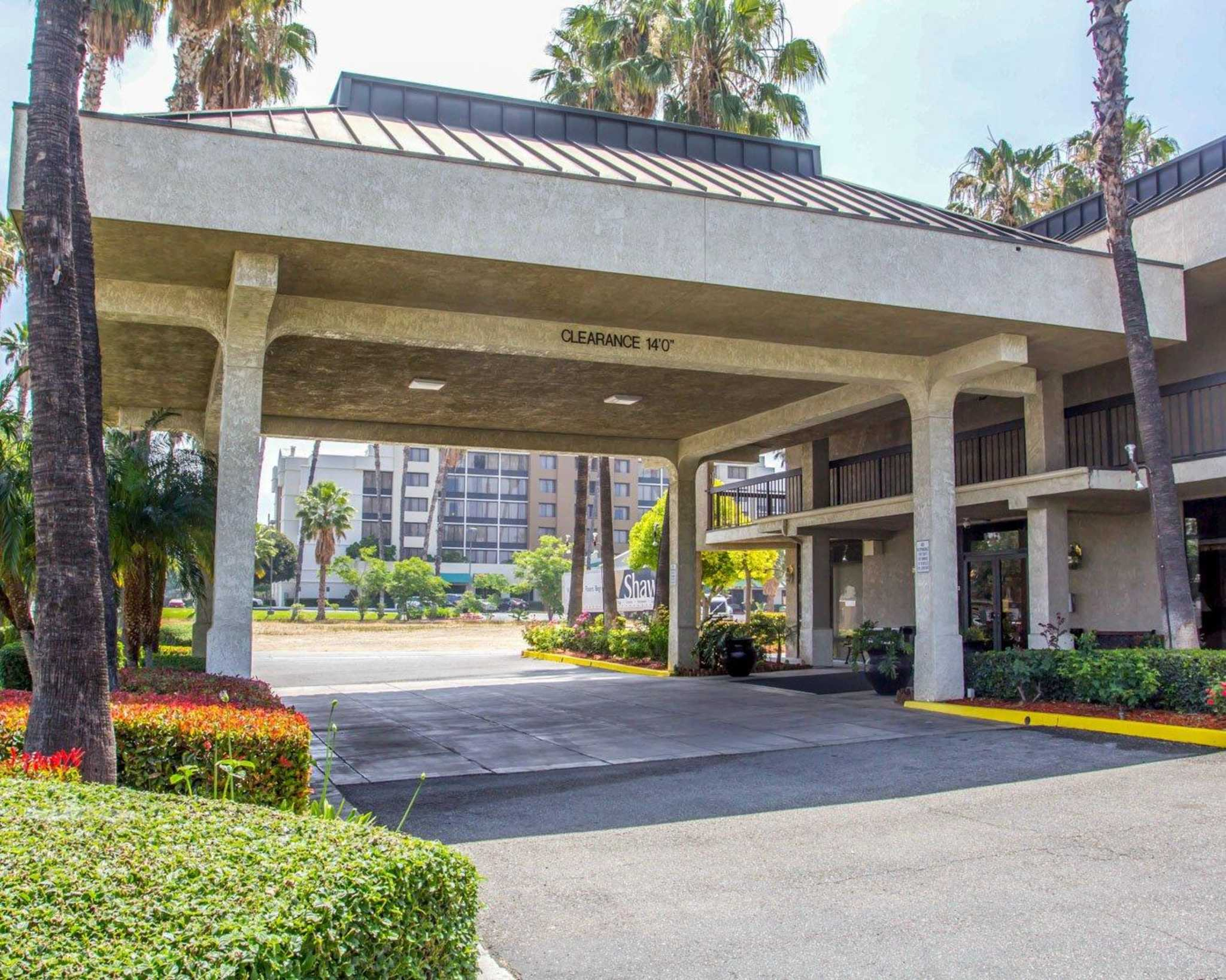 Quality Inn Riverside near UCR and Downtown image 1