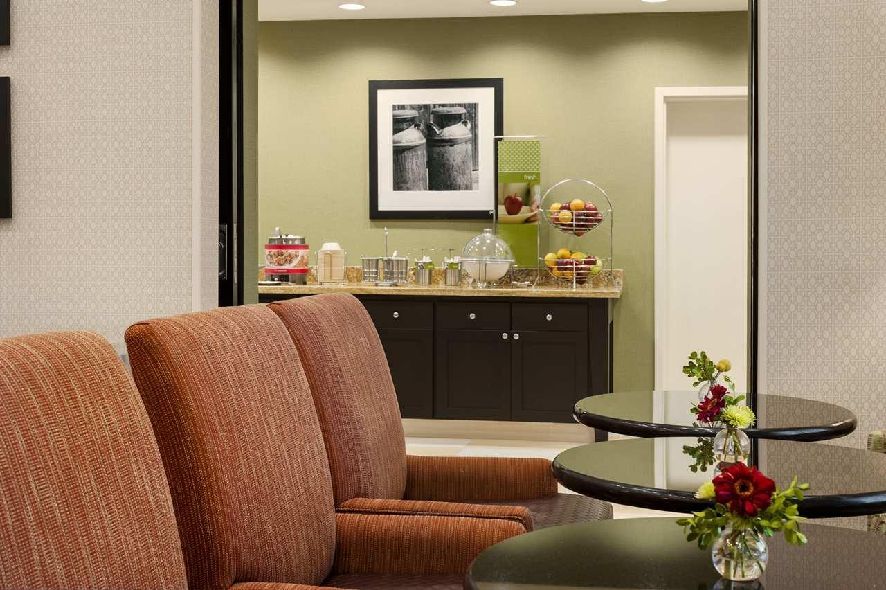 Hampton Inn & Suites San Luis Obispo image 9