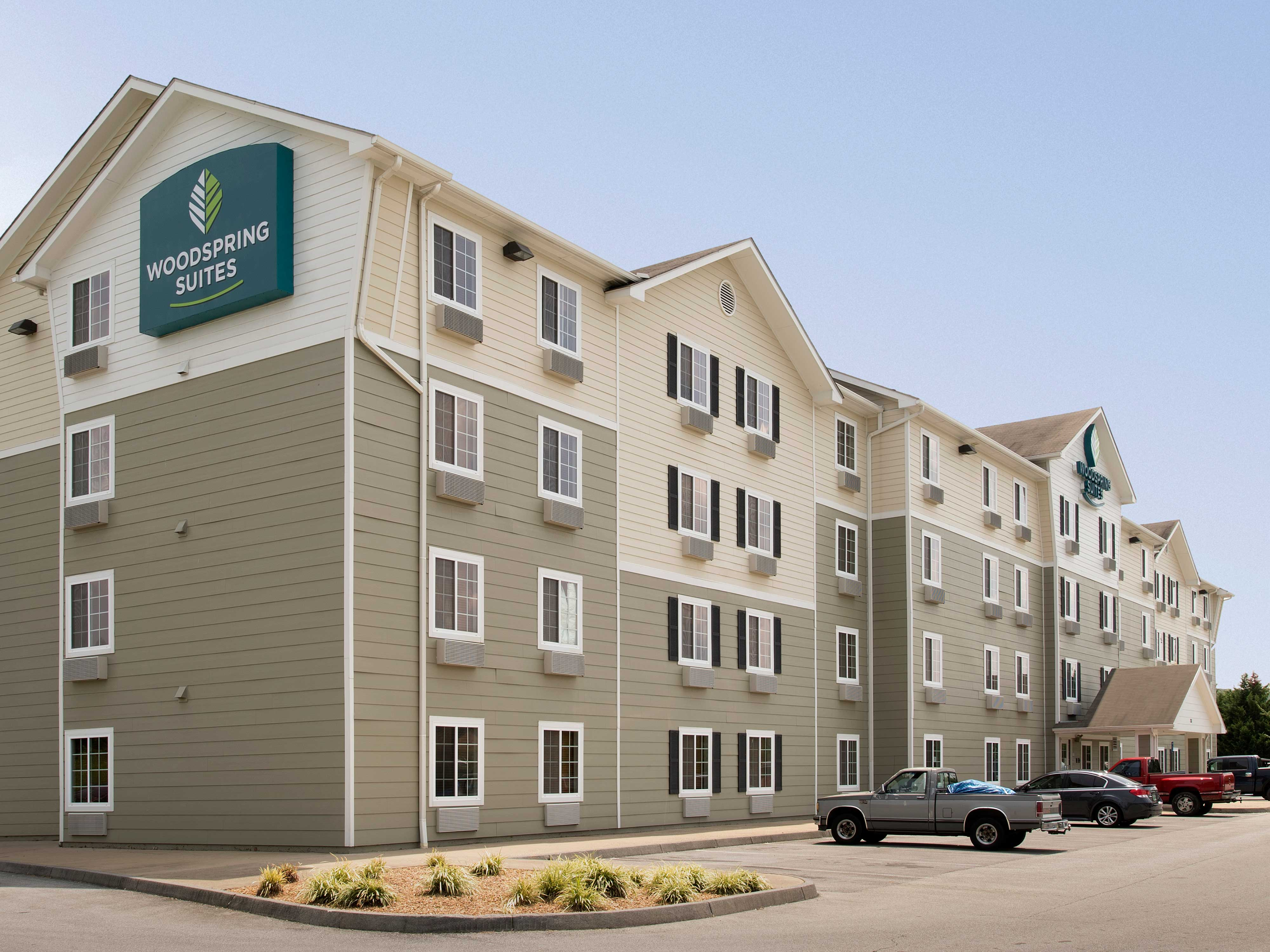 WoodSpring Suites Johnson City image 14