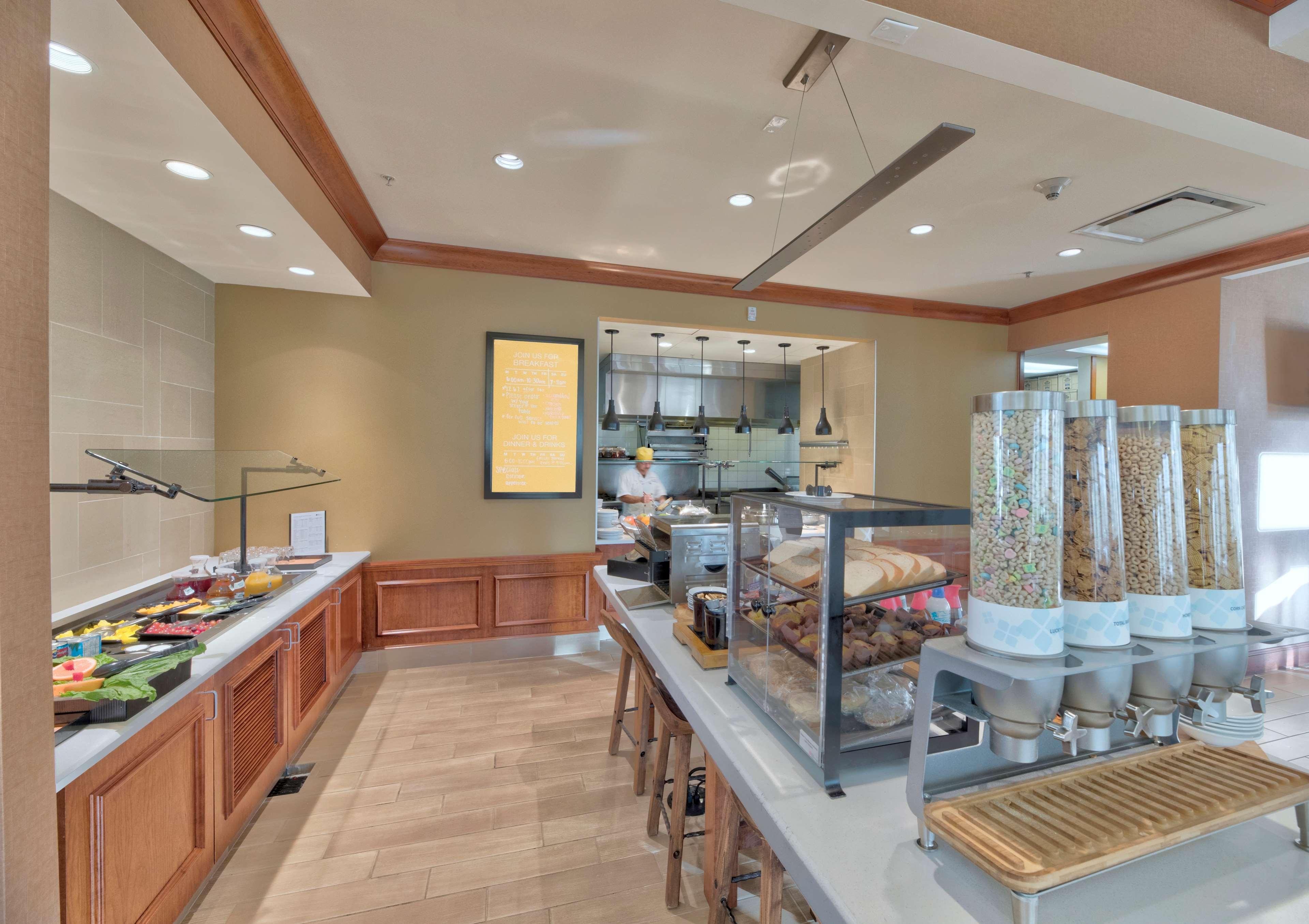 Hilton Garden Inn Laramie image 9